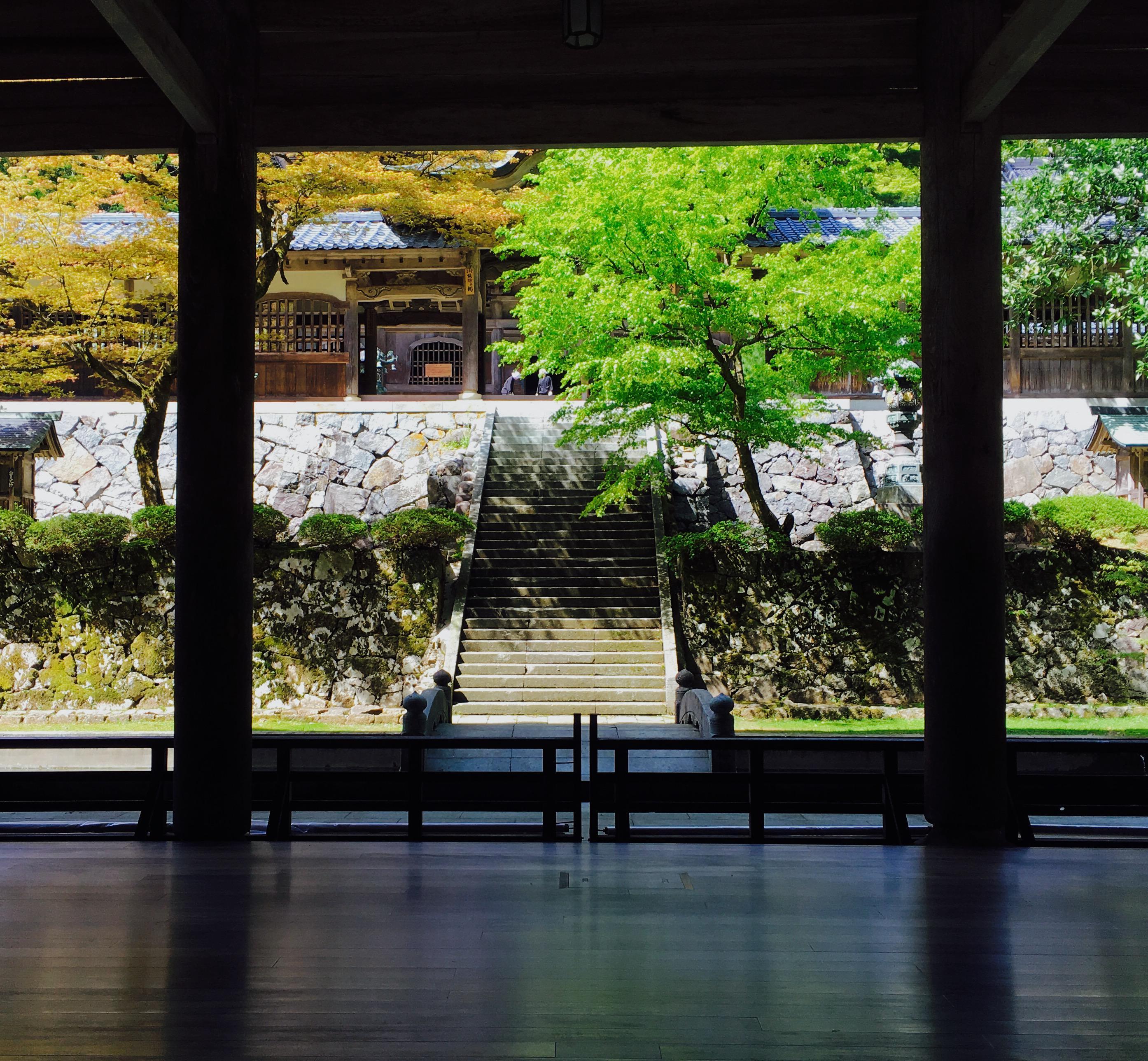 永平寺の建物その他(福井県轟駅)