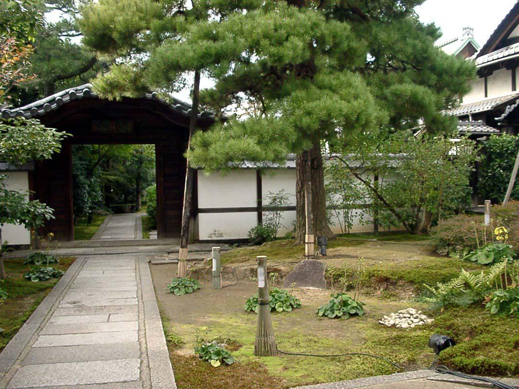 圓徳院(高台寺塔頭)の山門