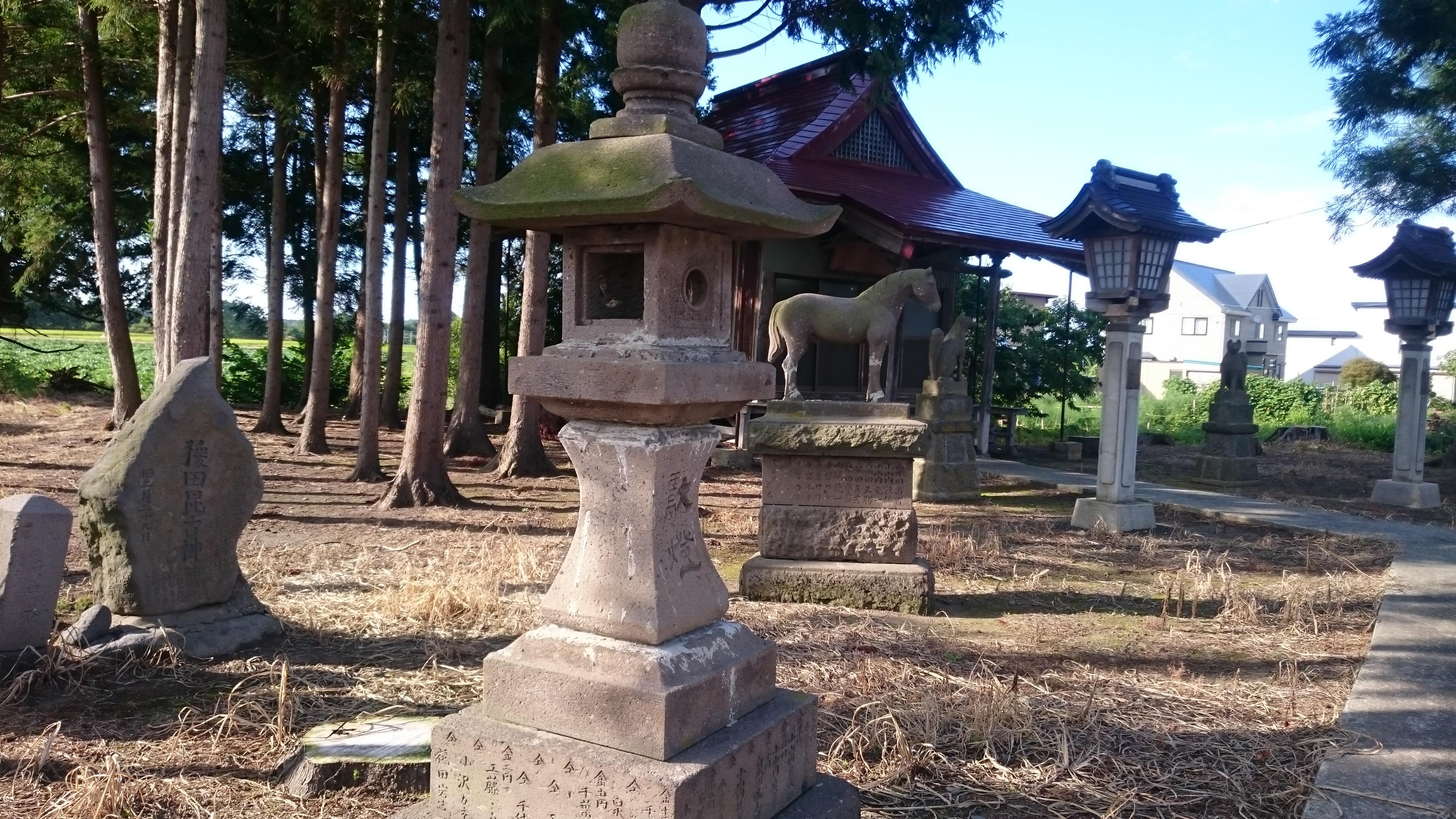 稲荷神社の像
