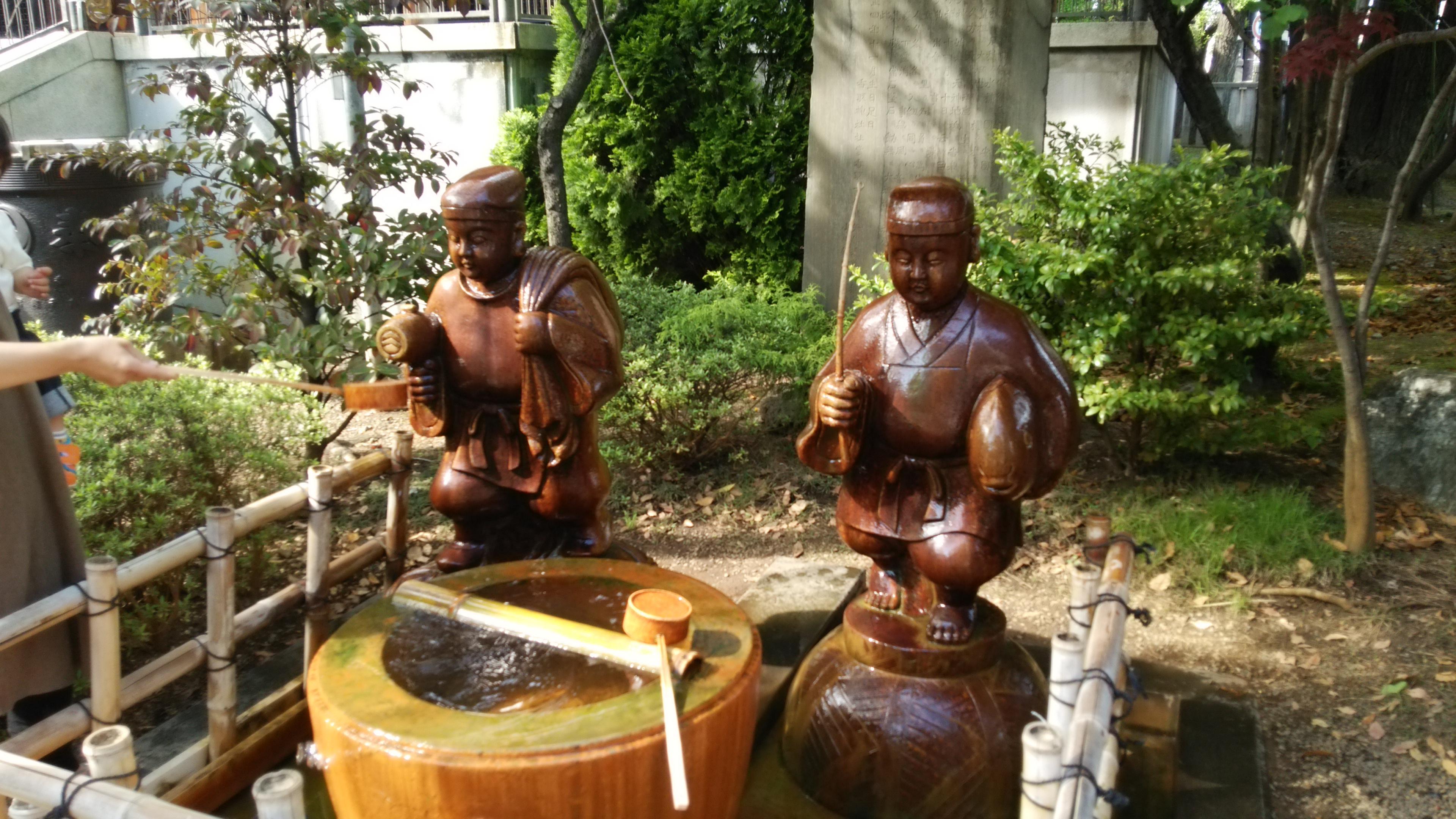亀戸香取神社の像