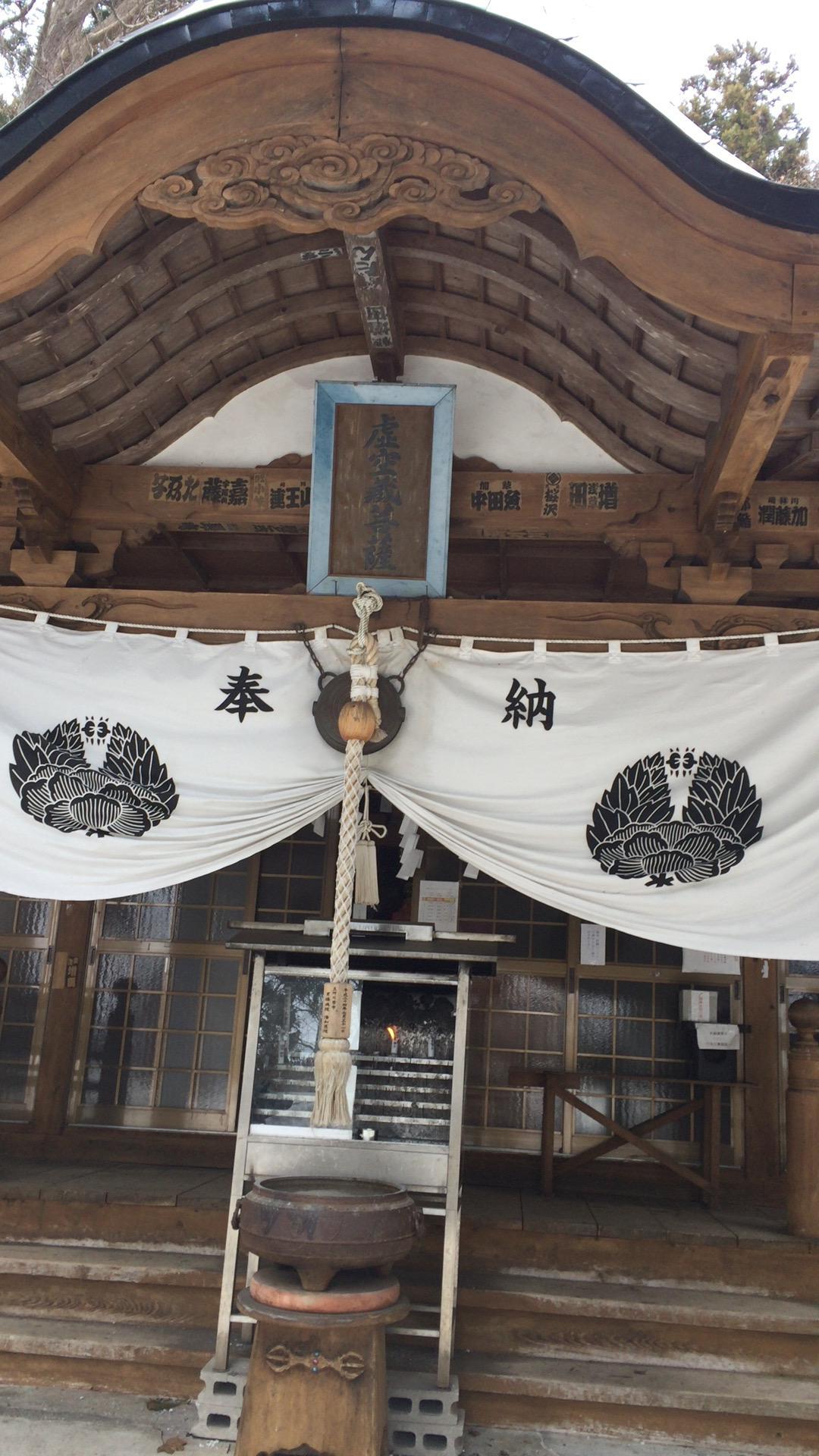求聞寺の本殿