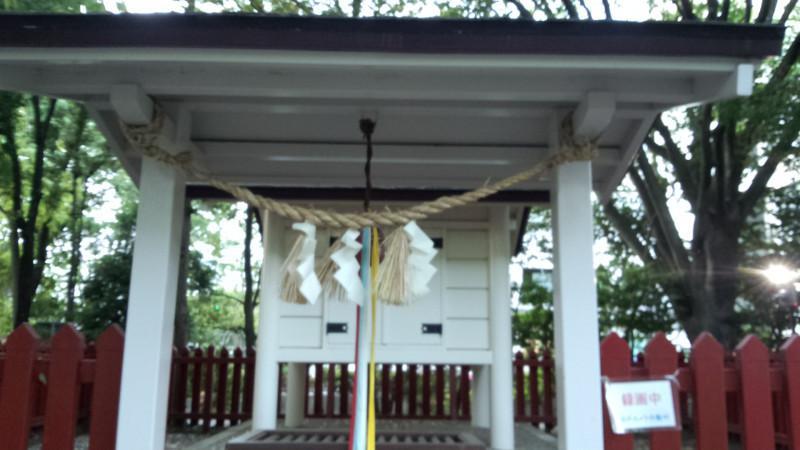 卸町神社の本殿