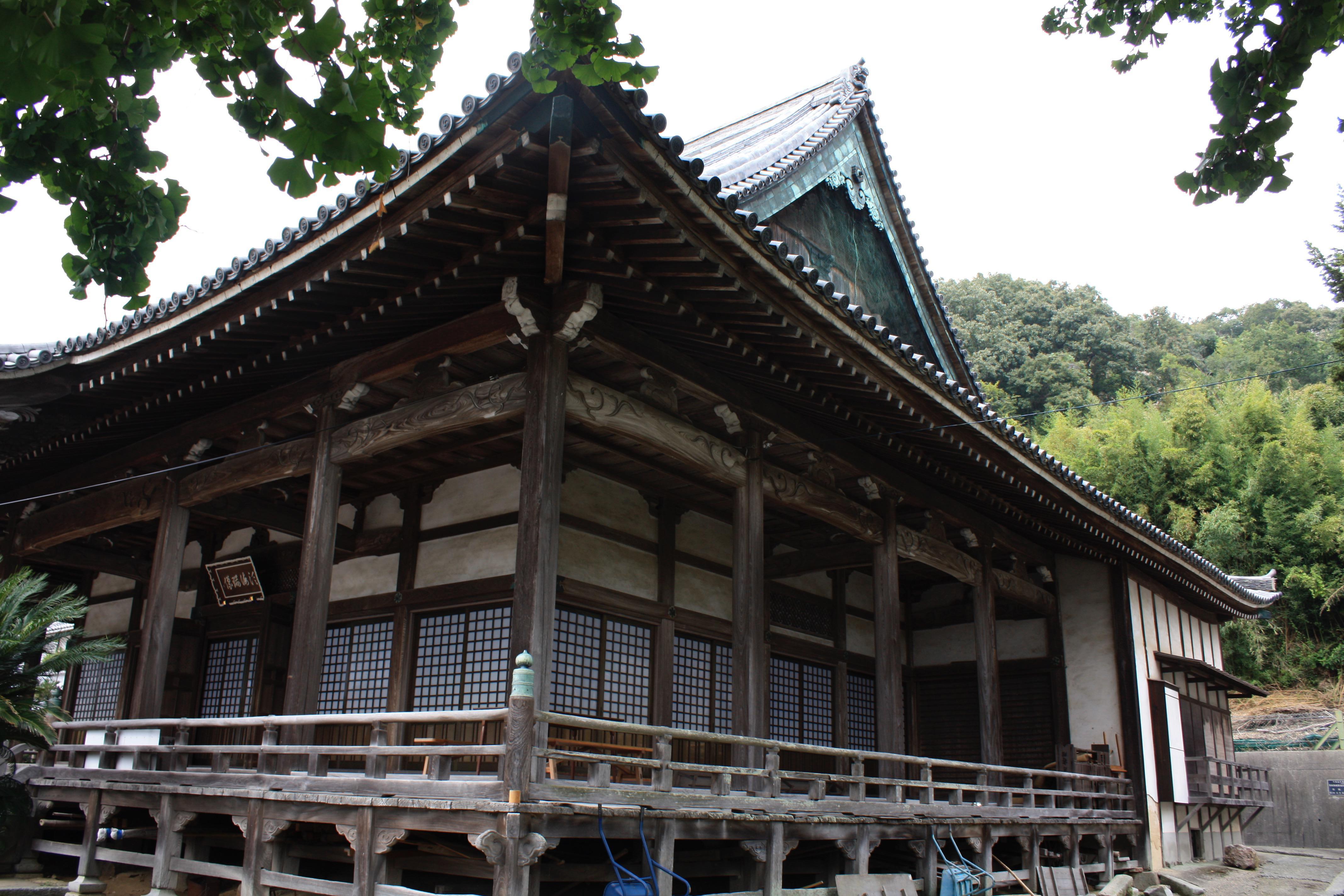 妙道寺の本殿