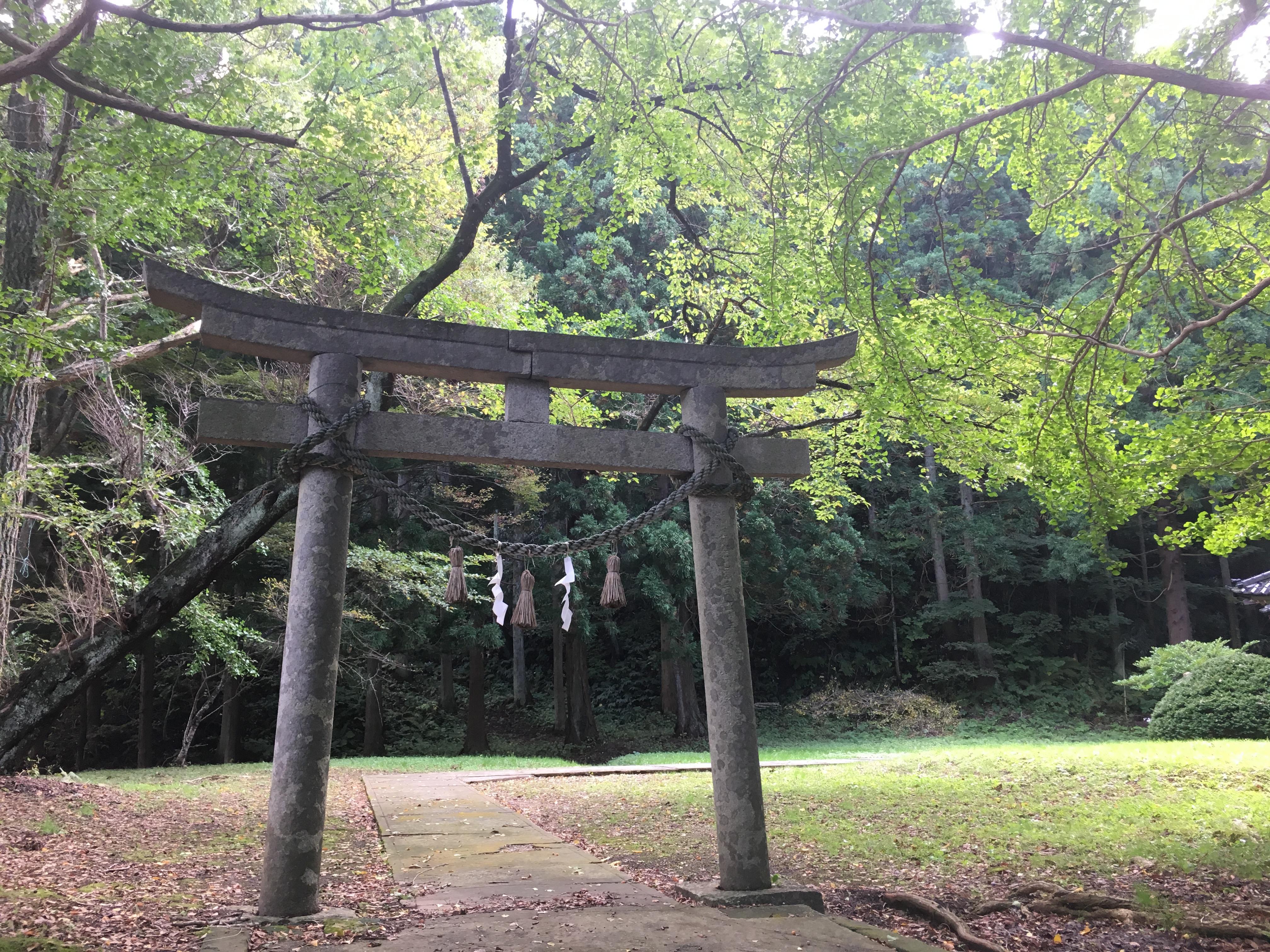 天鷺神社の鳥居