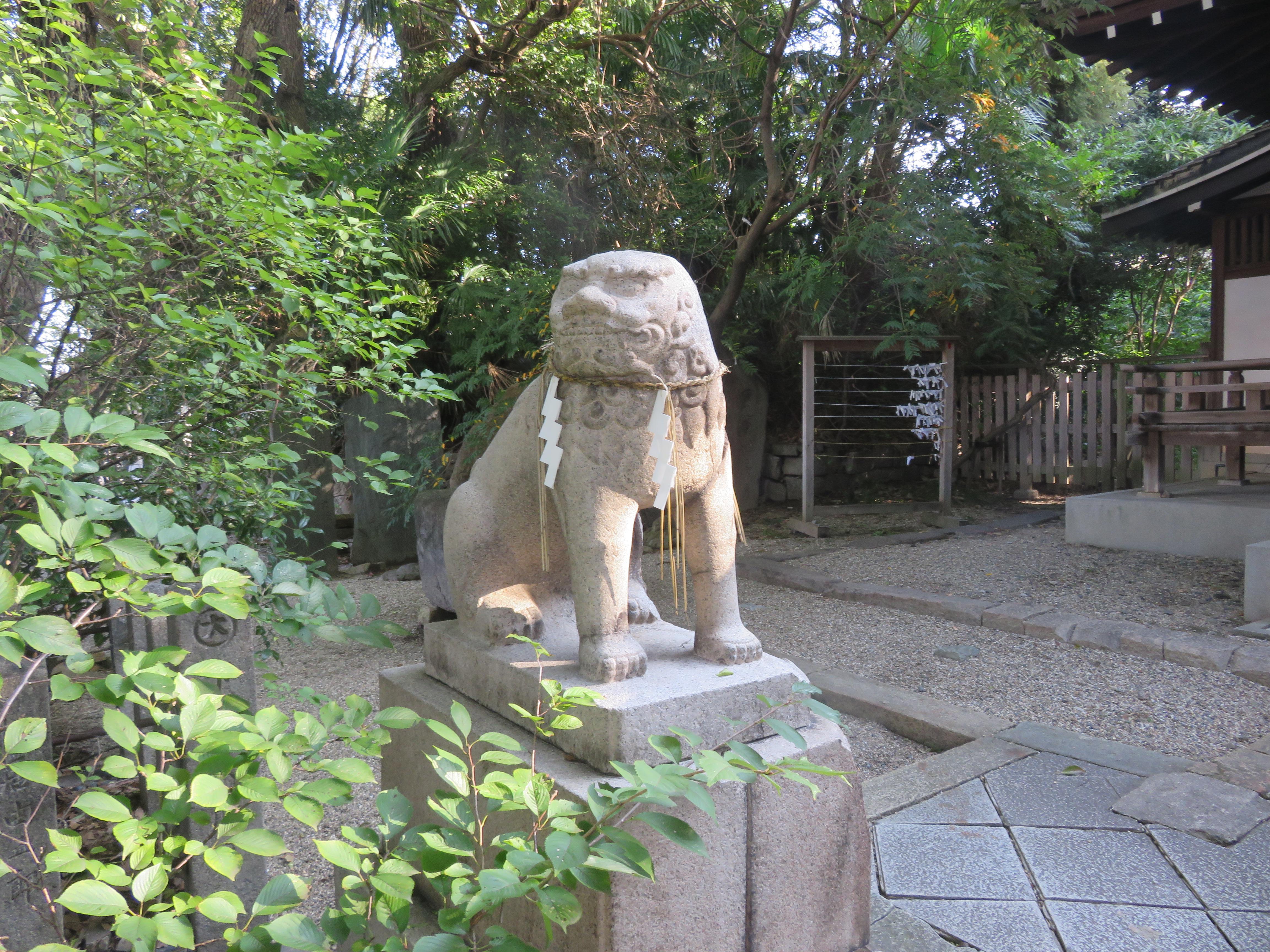 安居神社の狛犬