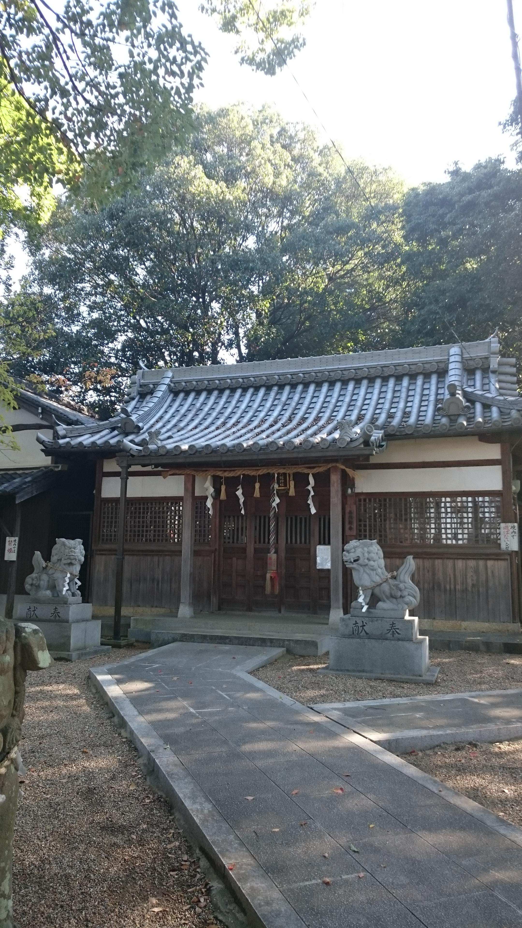 津堂八幡神社の建物その他