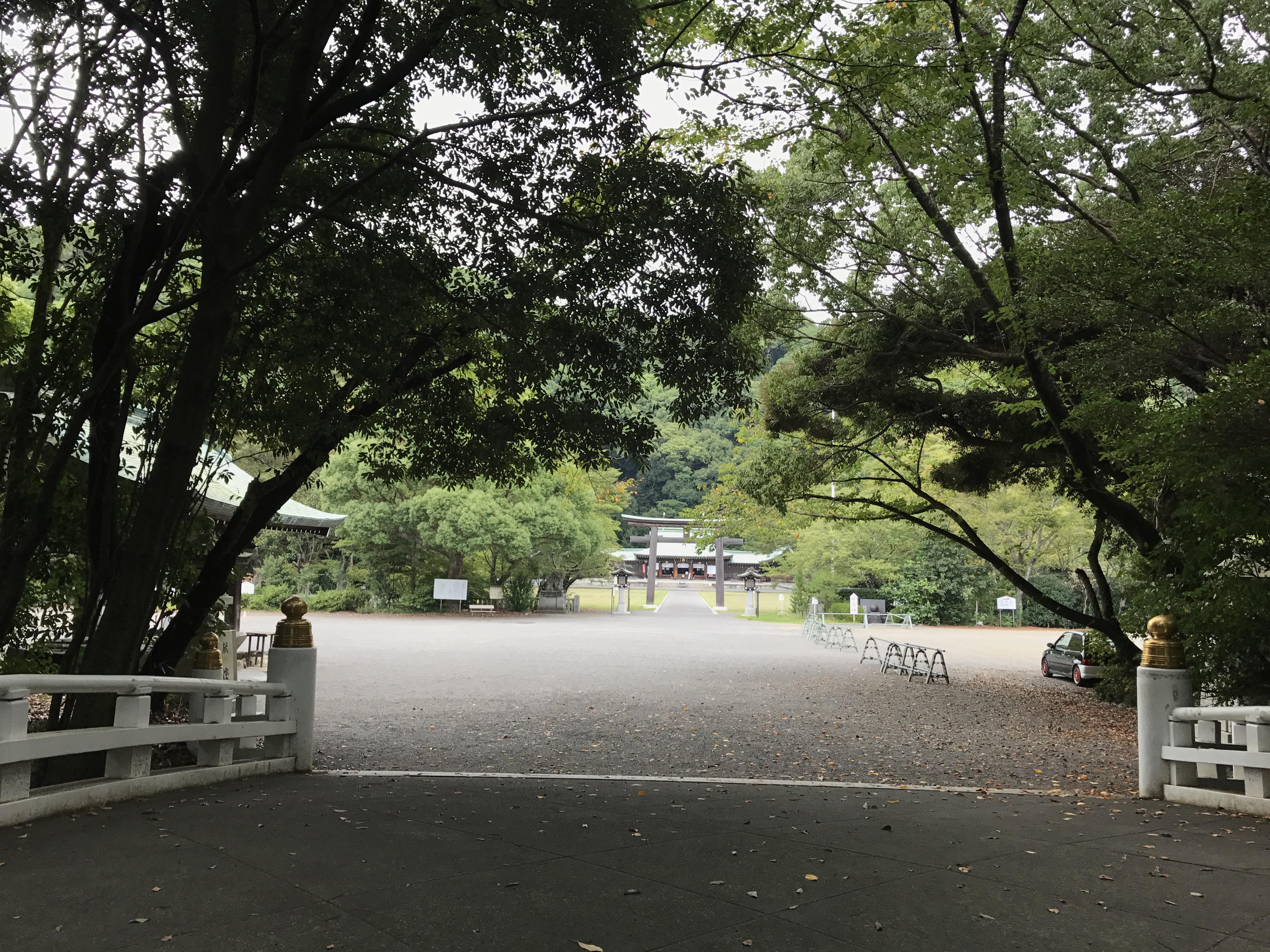 静岡県護国神社の建物その他