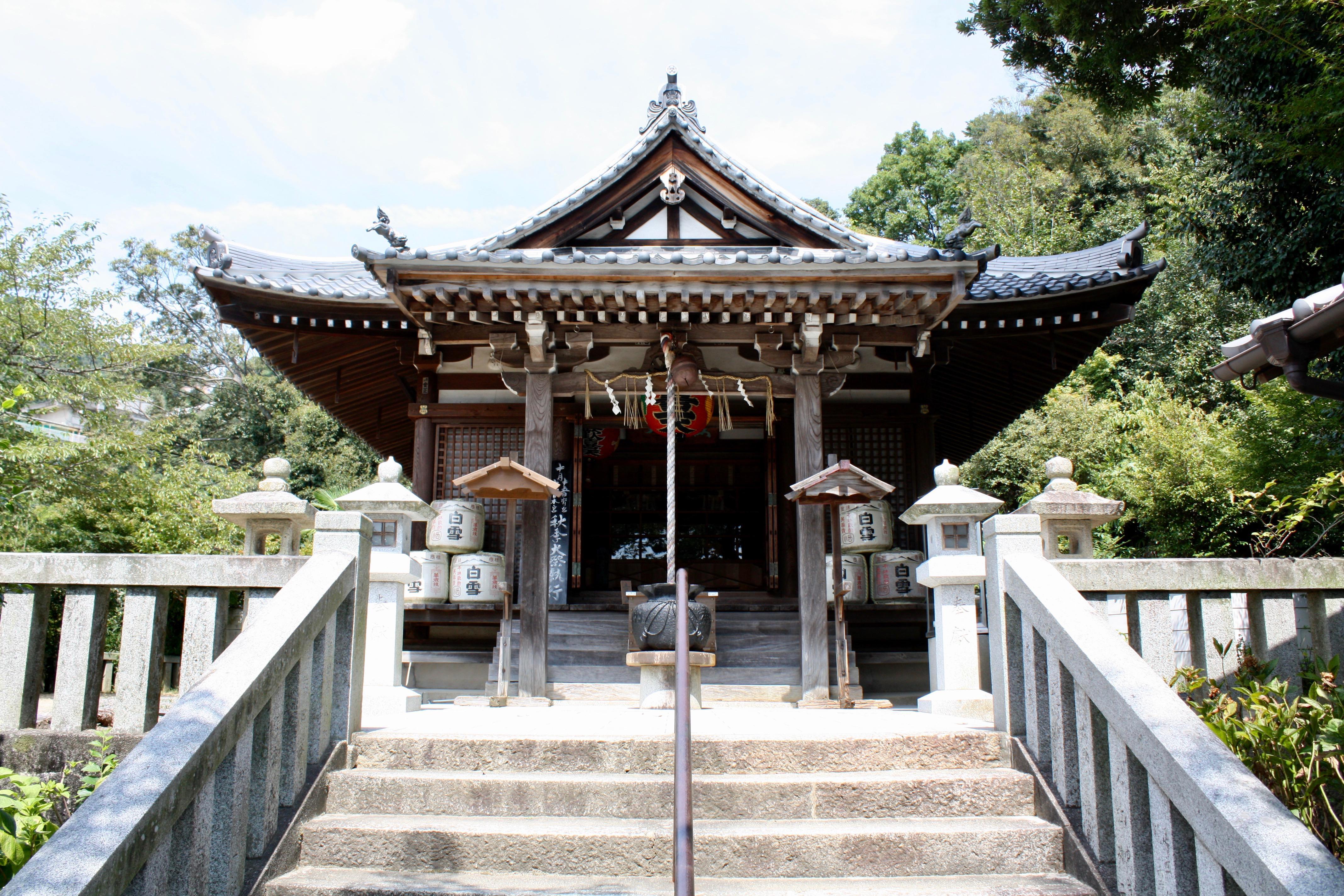 西江寺の本殿