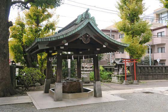 麻布氷川神社の手水