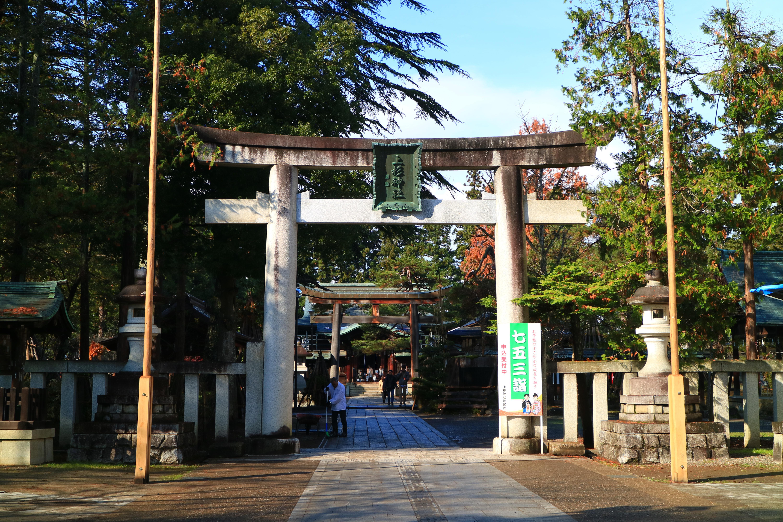 上杉神社の鳥居