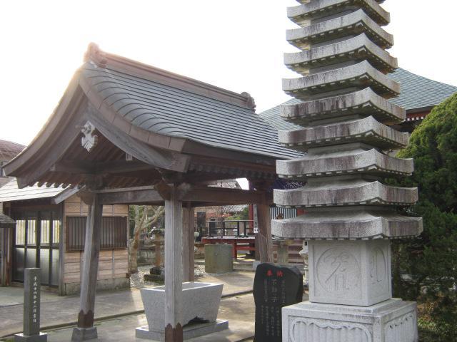 宝勝院(夷隅不動尊)の建物その他