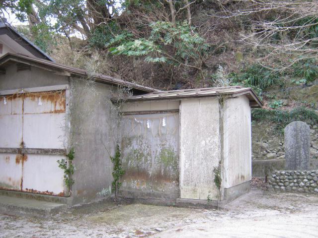 小湊神社の建物その他