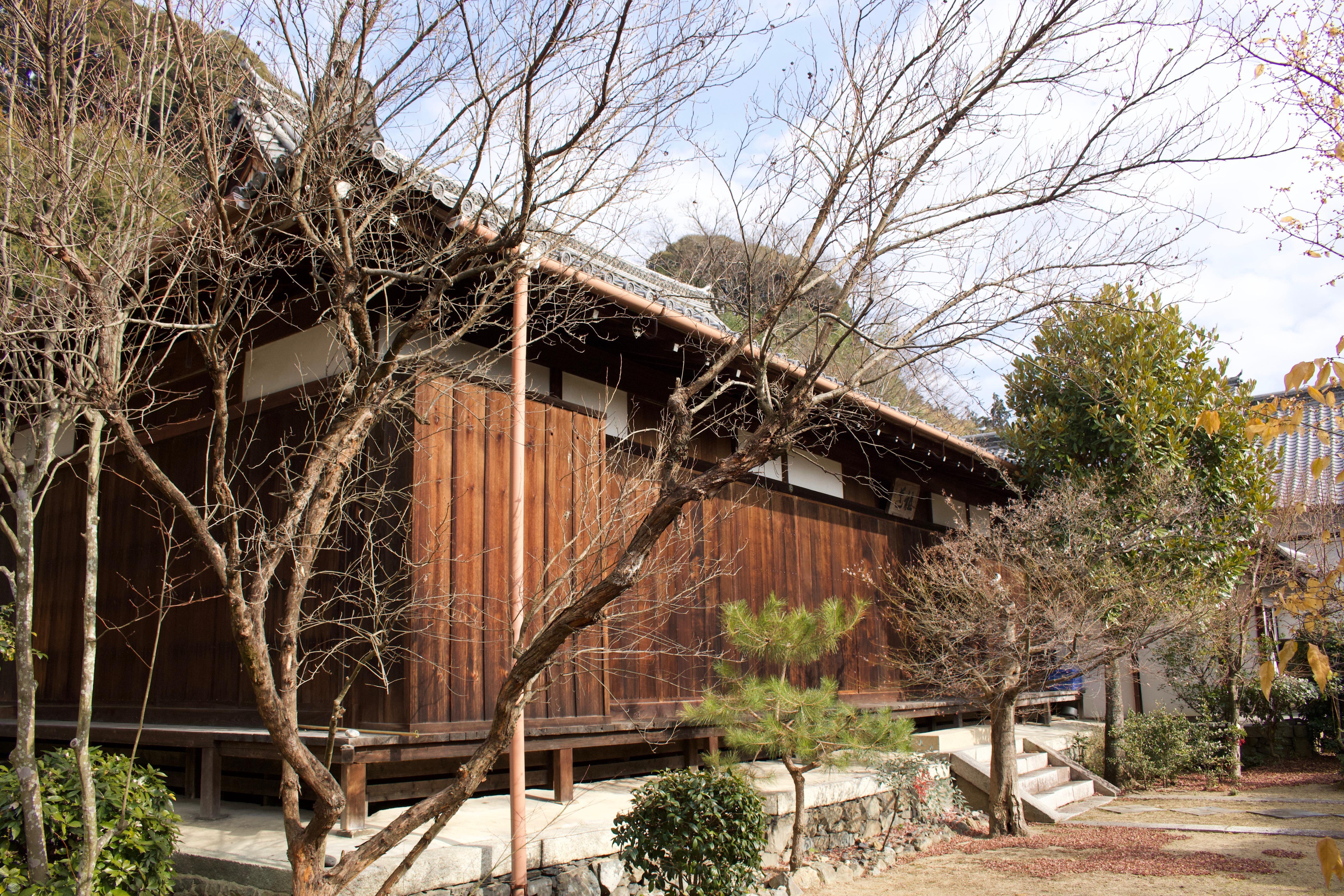 万寿院の本殿