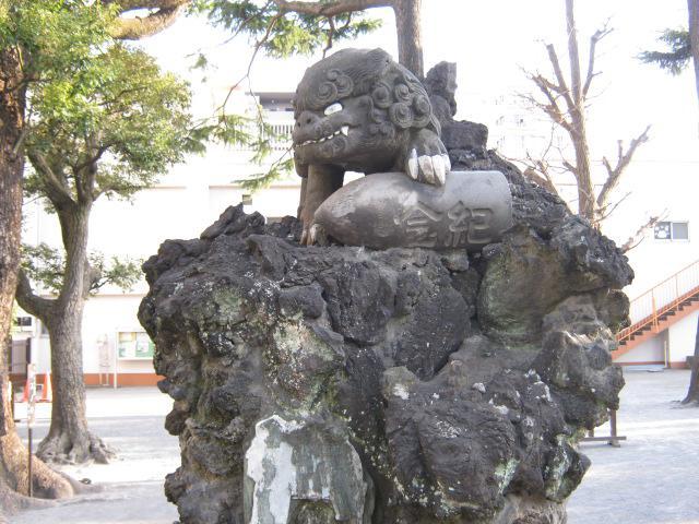 お三の宮日枝神社の狛犬
