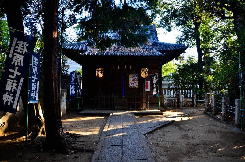 八幡神社の本殿(東京都西小山駅)