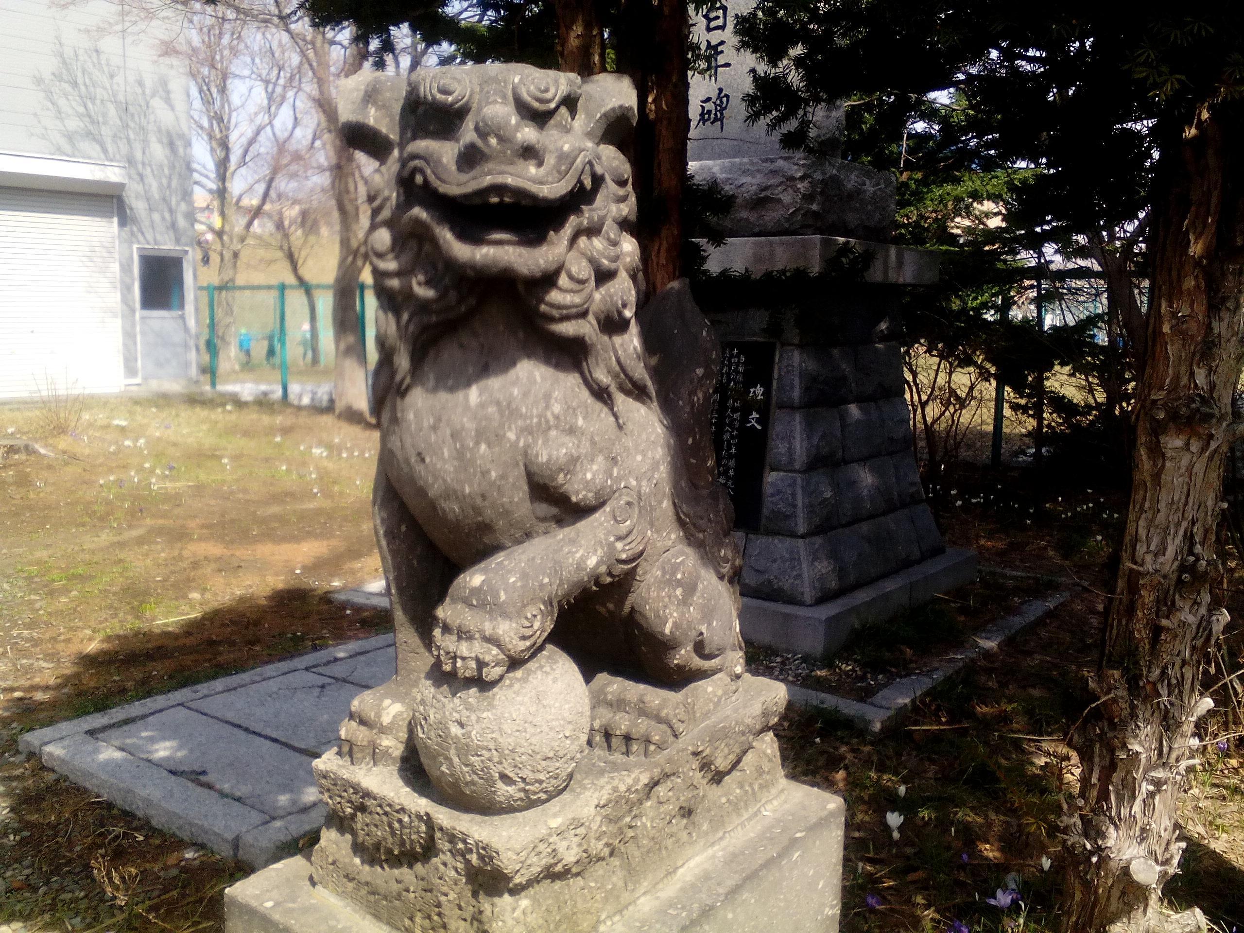 南線神社の狛犬