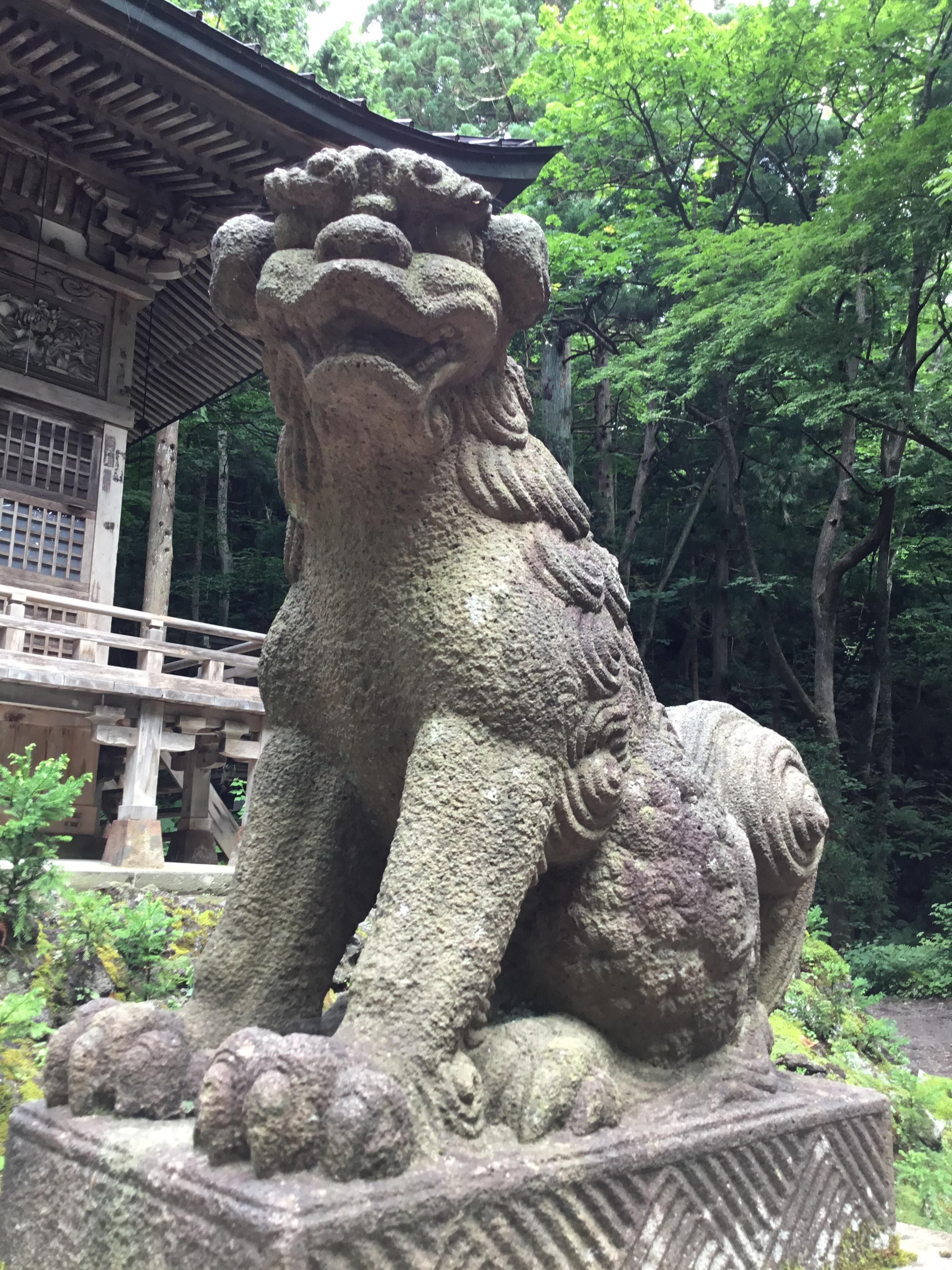 十和田神社の狛犬