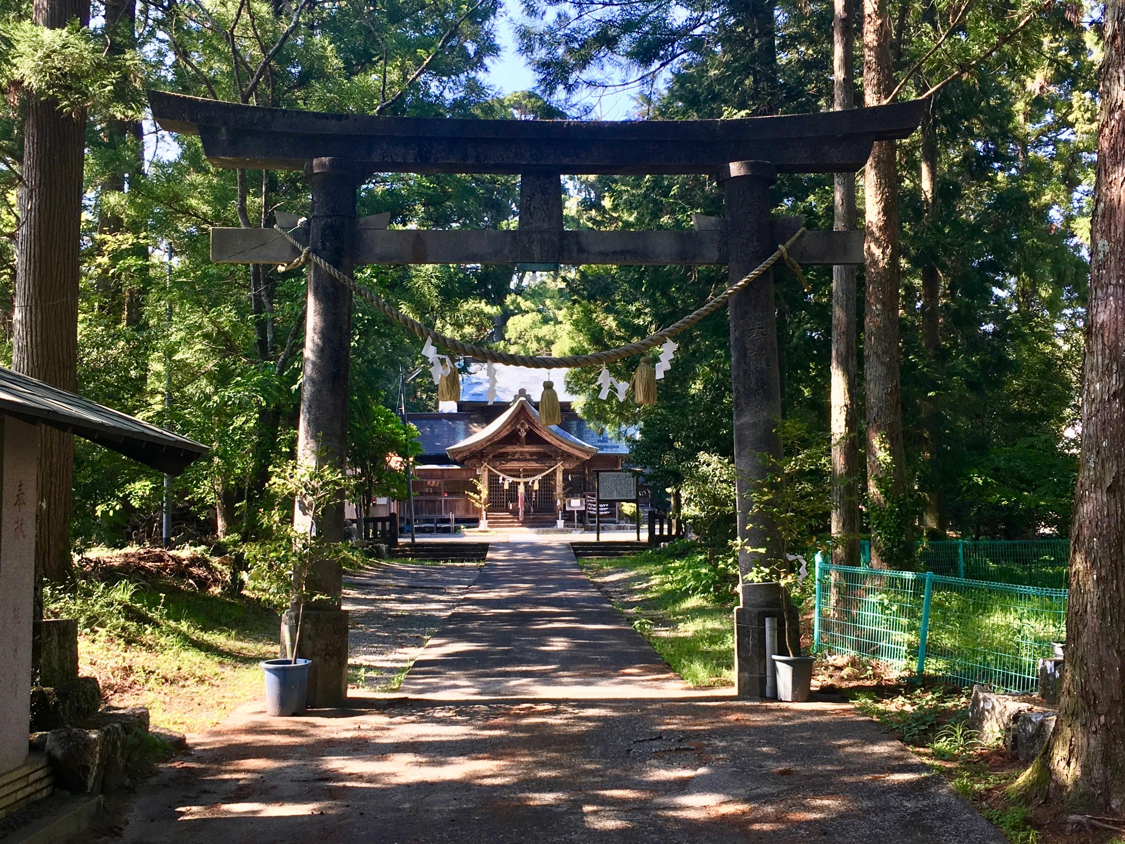 小村神社の鳥居
