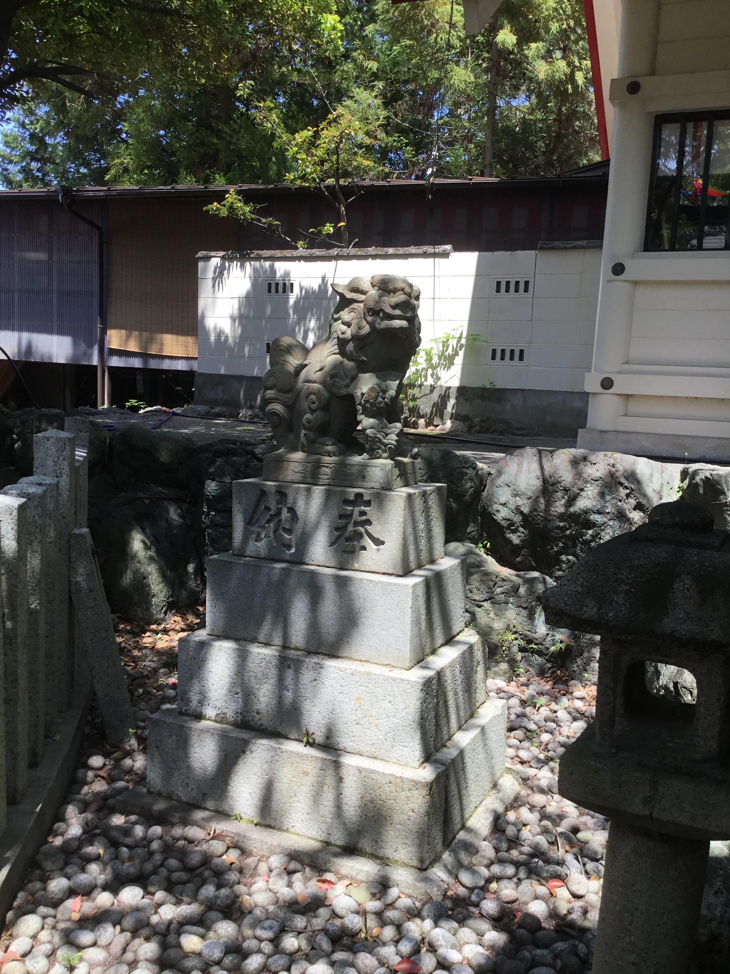 別小江神社の狛犬