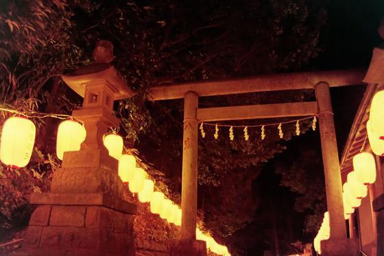 中氷川神社の鳥居