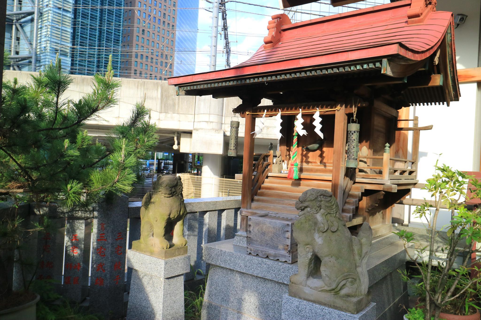 日比谷神社の末社