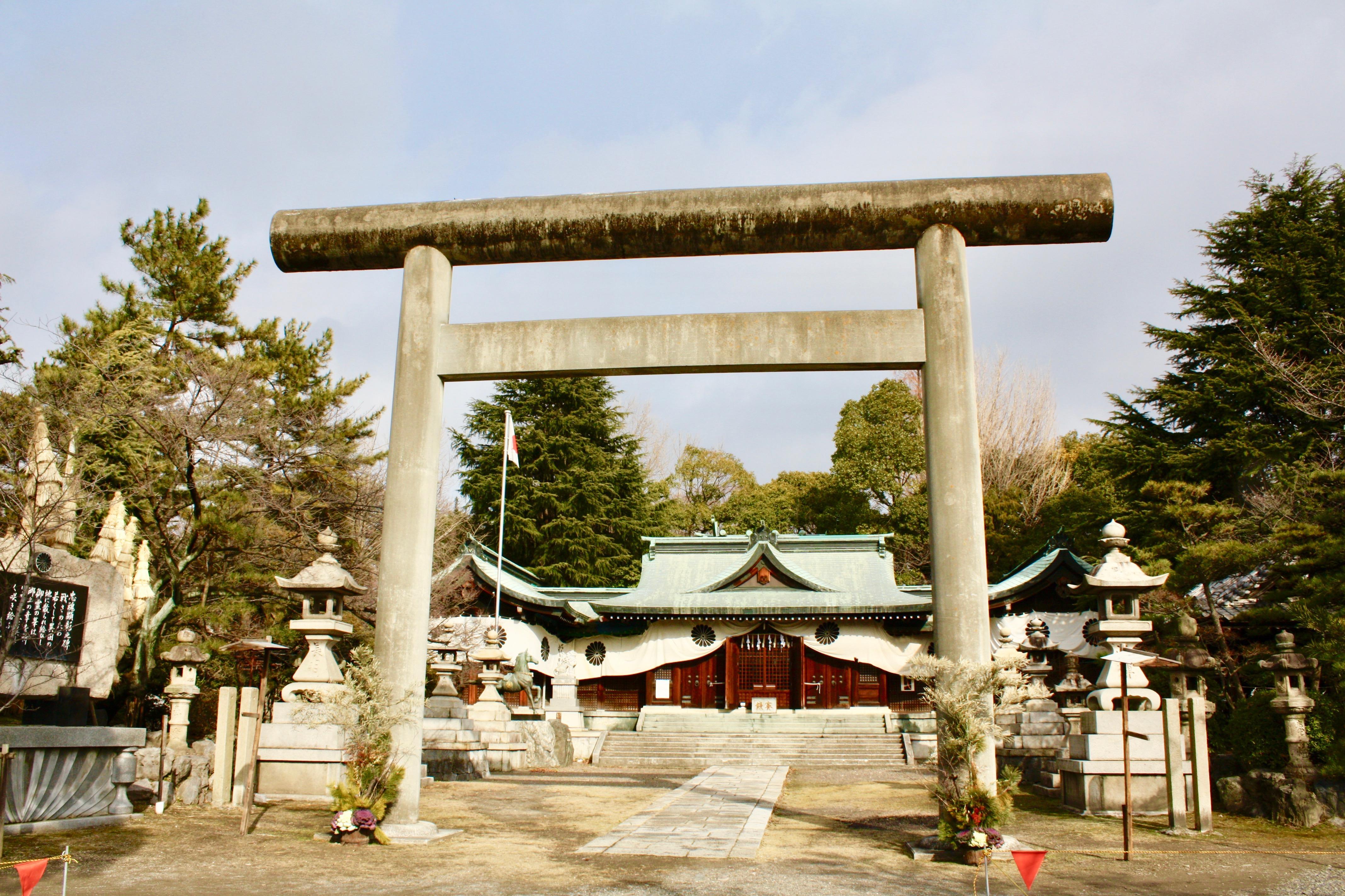 濃飛護国神社の鳥居