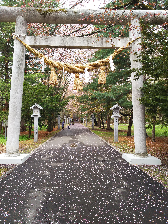 音更神社の鳥居