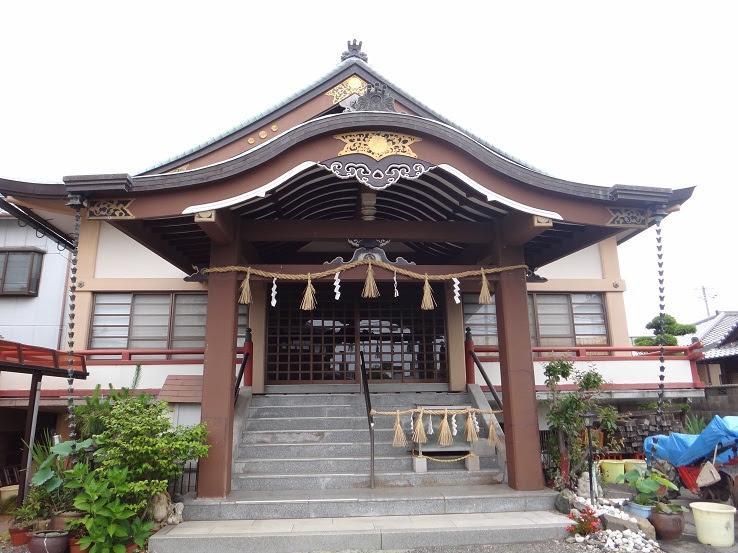 三輪明神照友神社の本殿