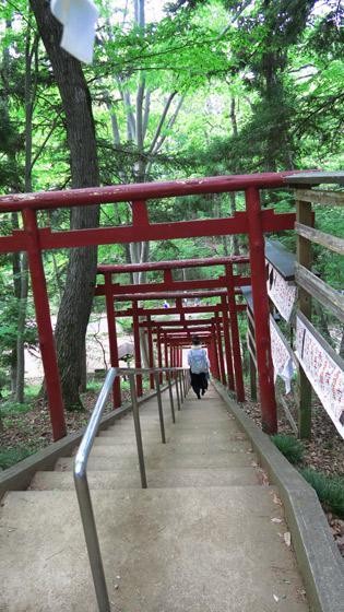 葛葉稲荷神社の鳥居