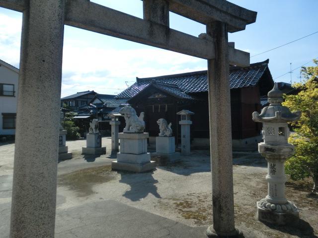 籏崎神社の建物その他