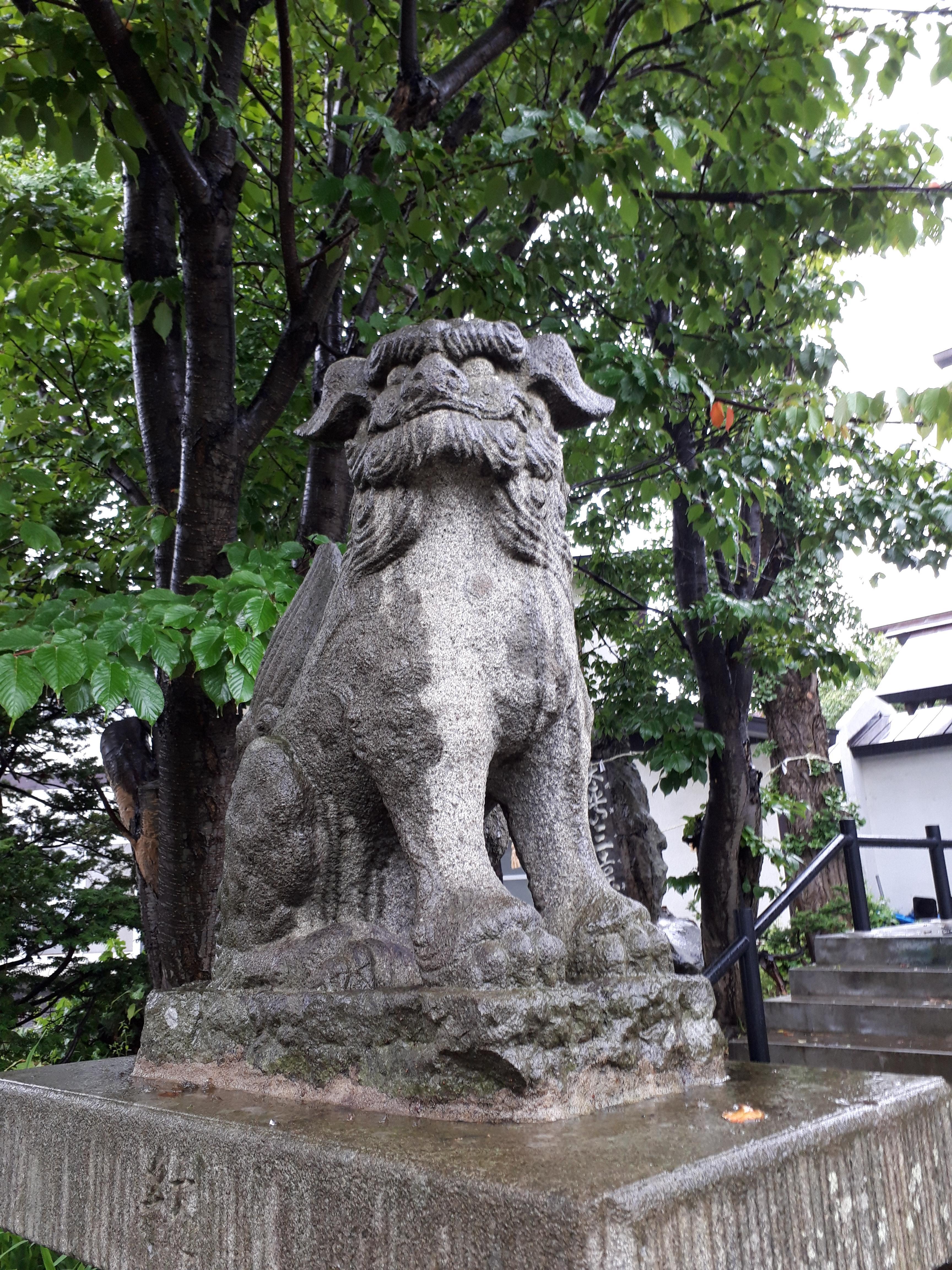 豊足神社の狛犬