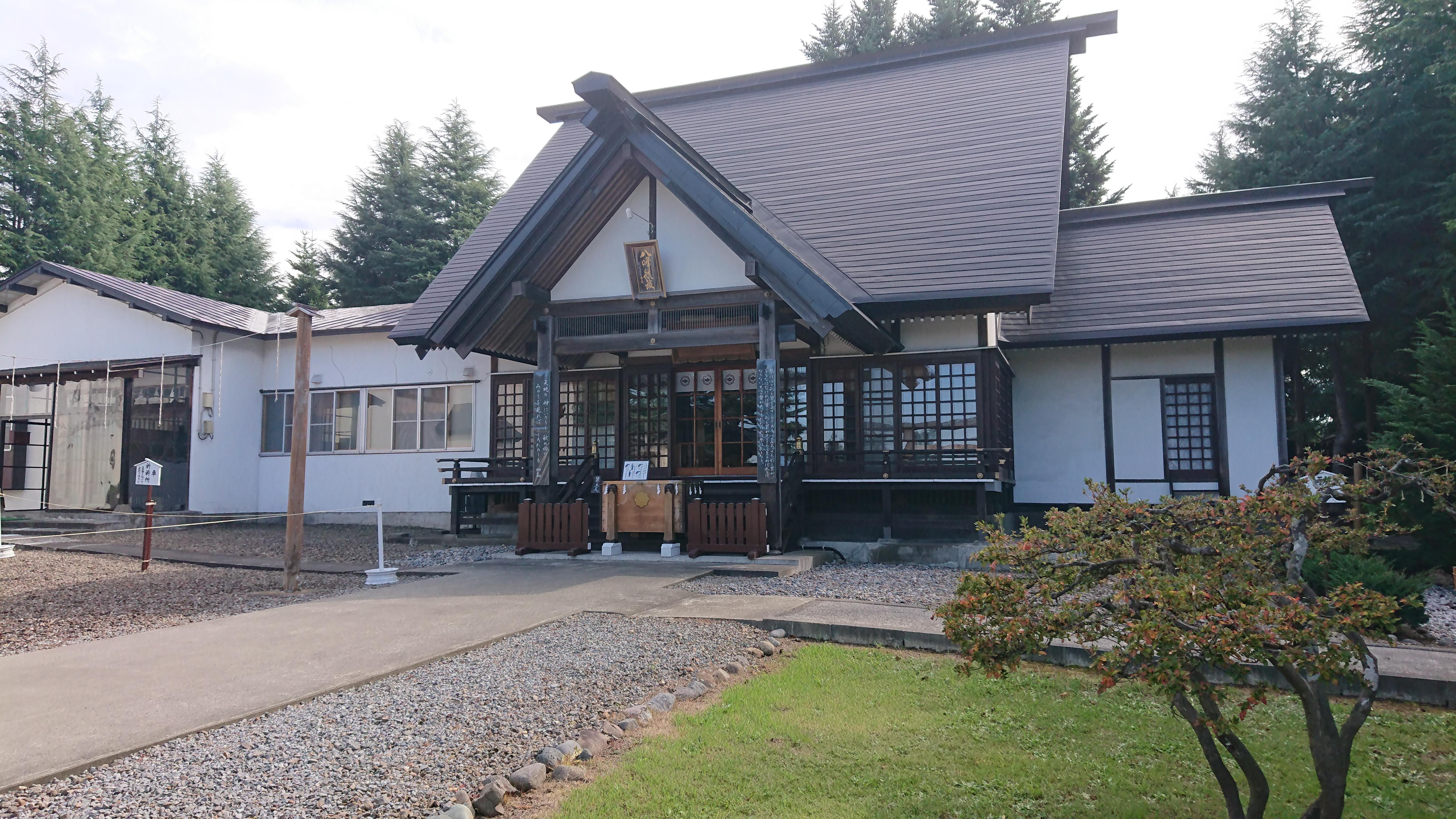 八甲田神社の境内・文化財