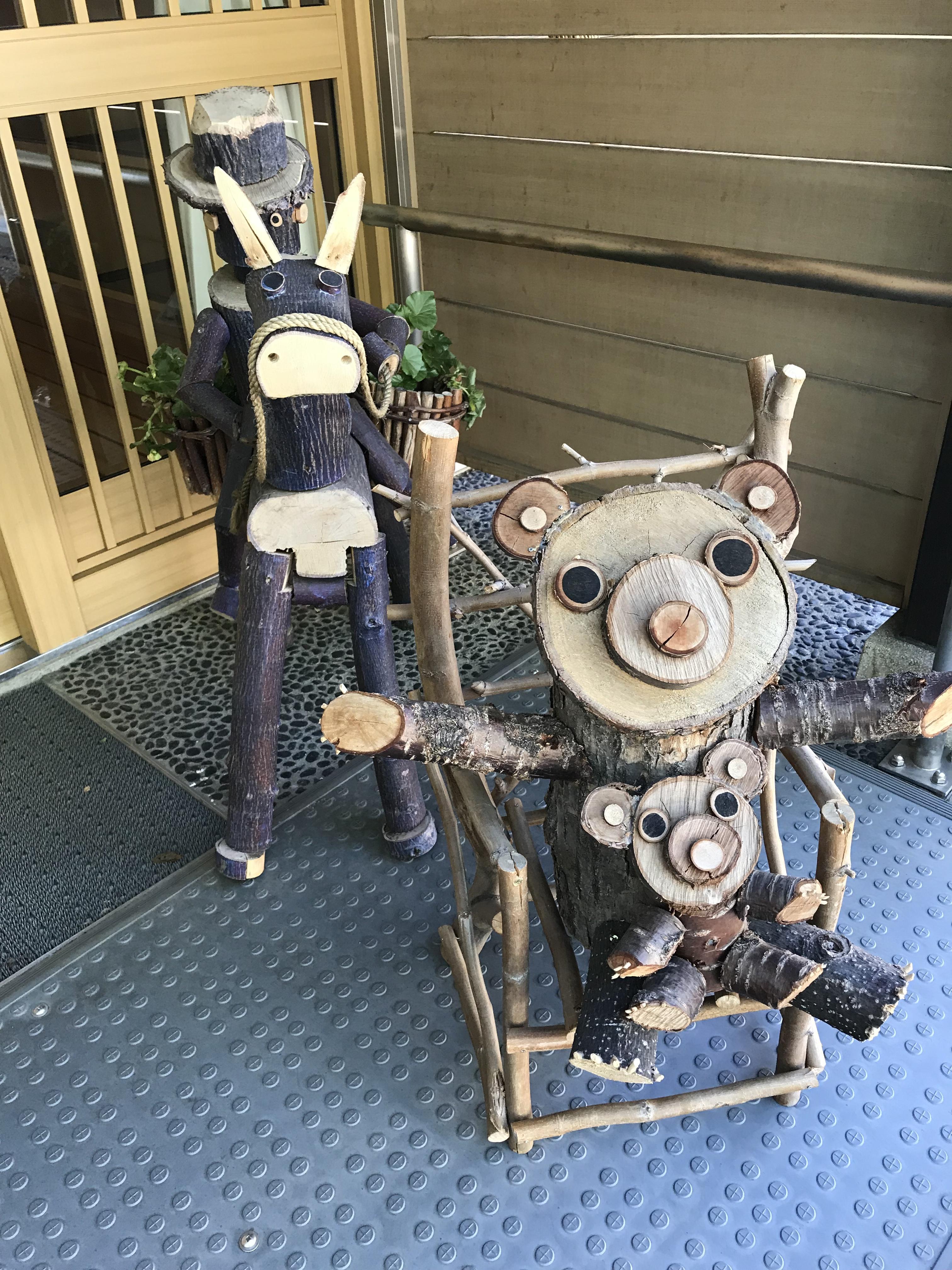 江南神社の狛犬