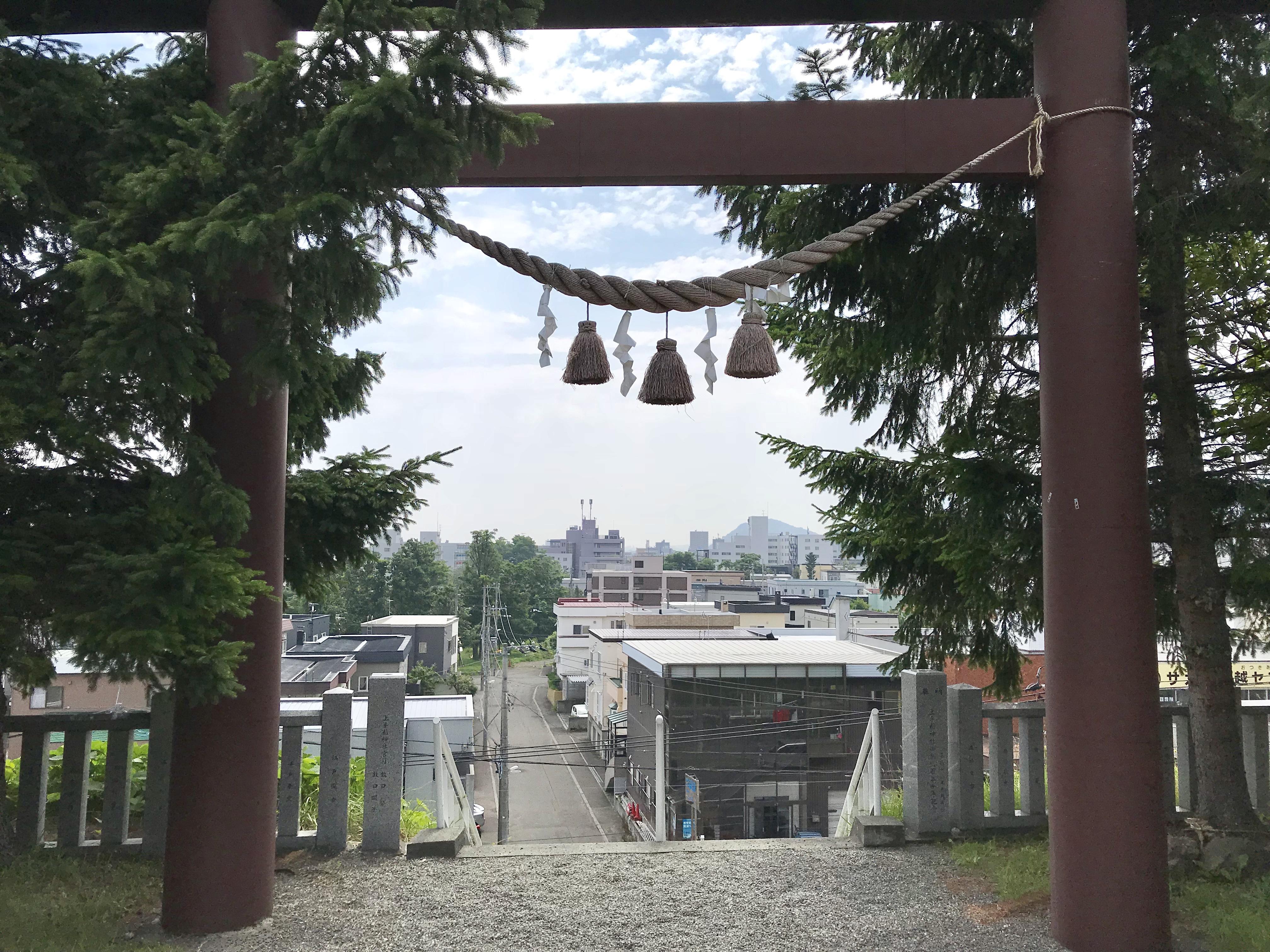 上手稲神社の境内・文化財
