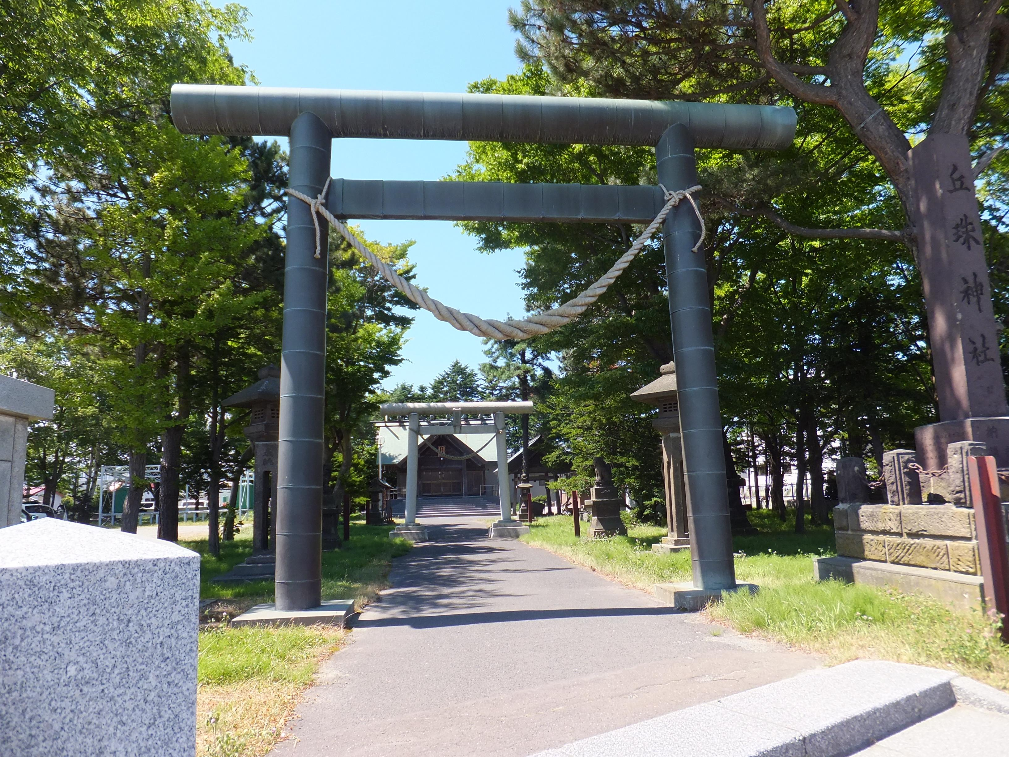 丘珠神社の鳥居