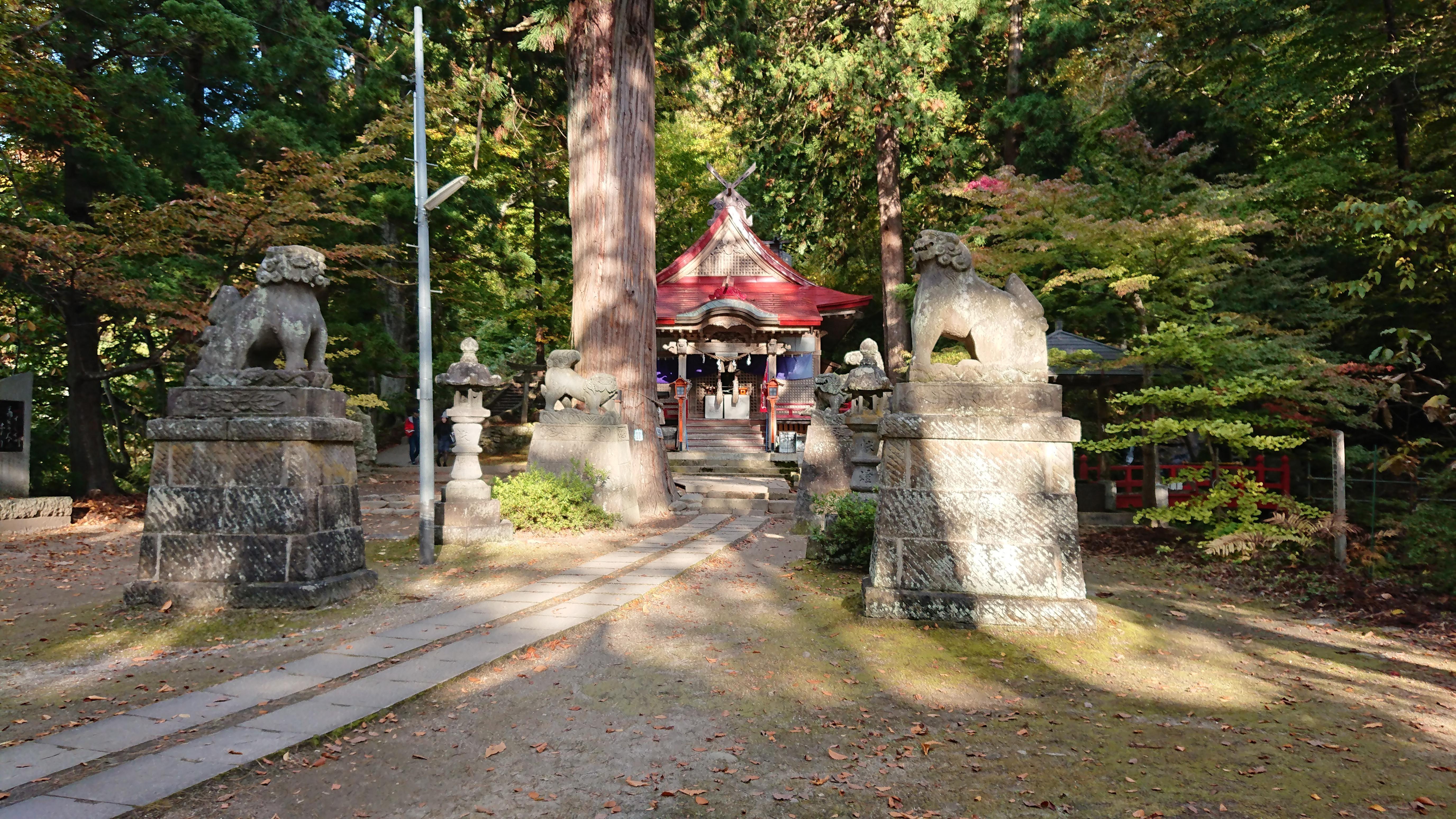 中野神社の狛犬