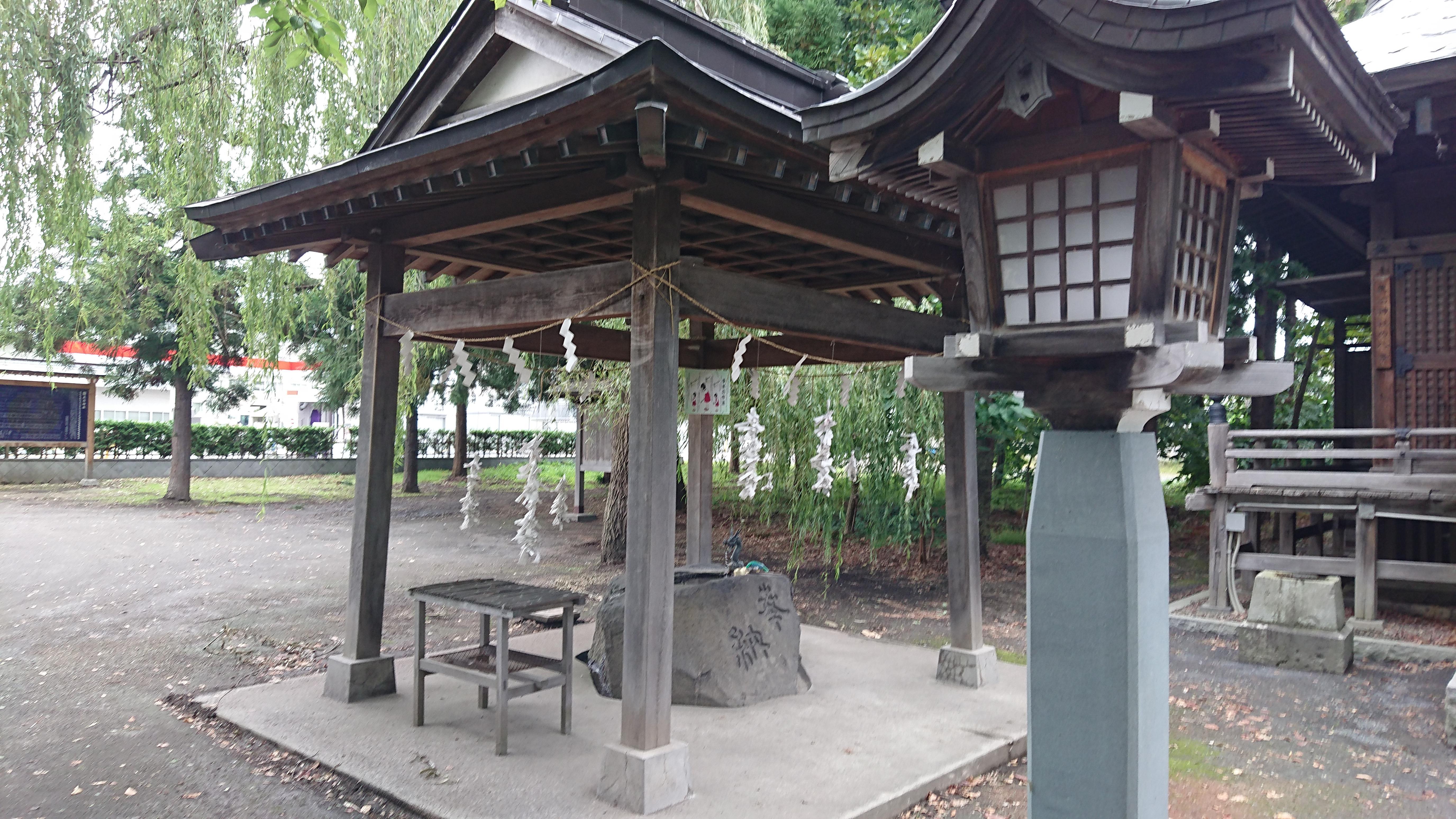 黒石神社の手水