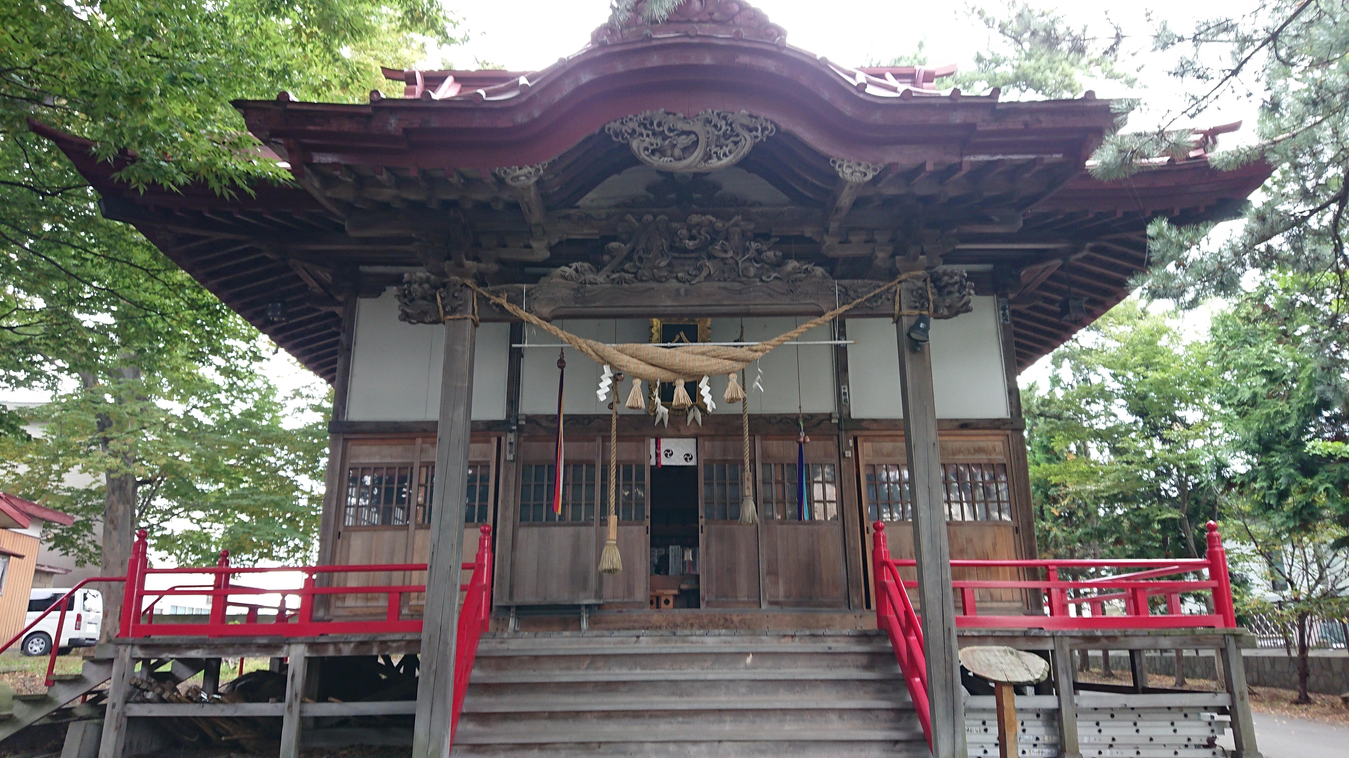 金木八幡宮の本殿