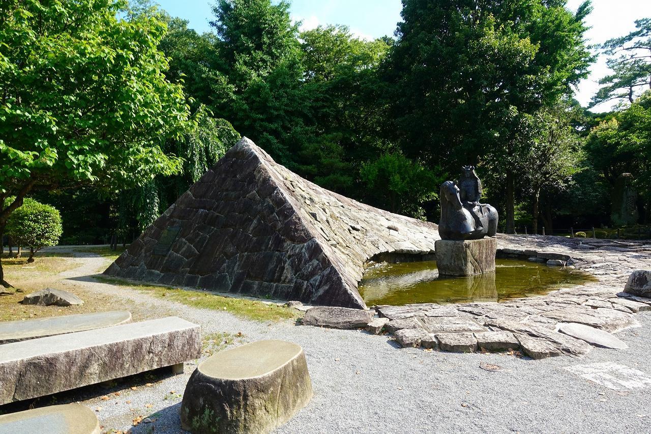 龍城神社の庭園