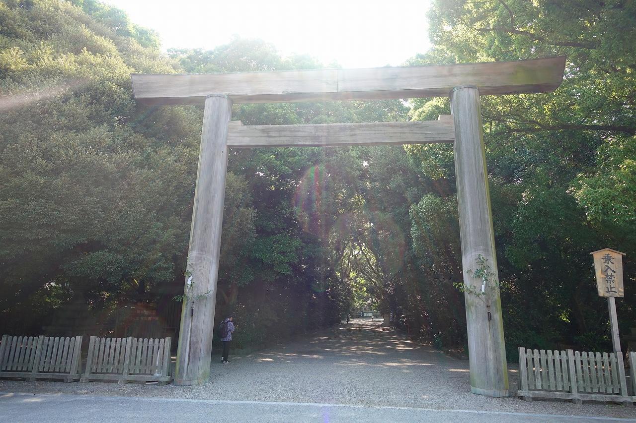 熱田神宮の鳥居