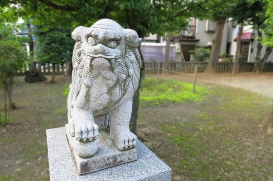 十二所神社の狛犬
