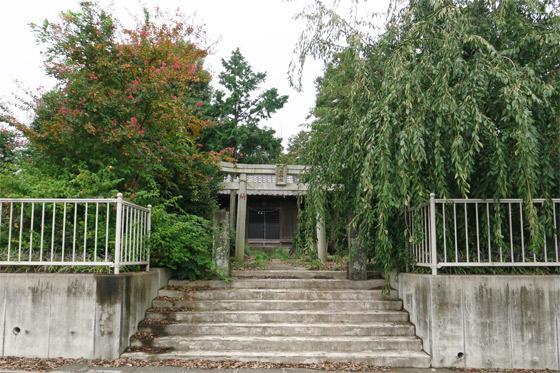 下野田稲荷神社の建物その他