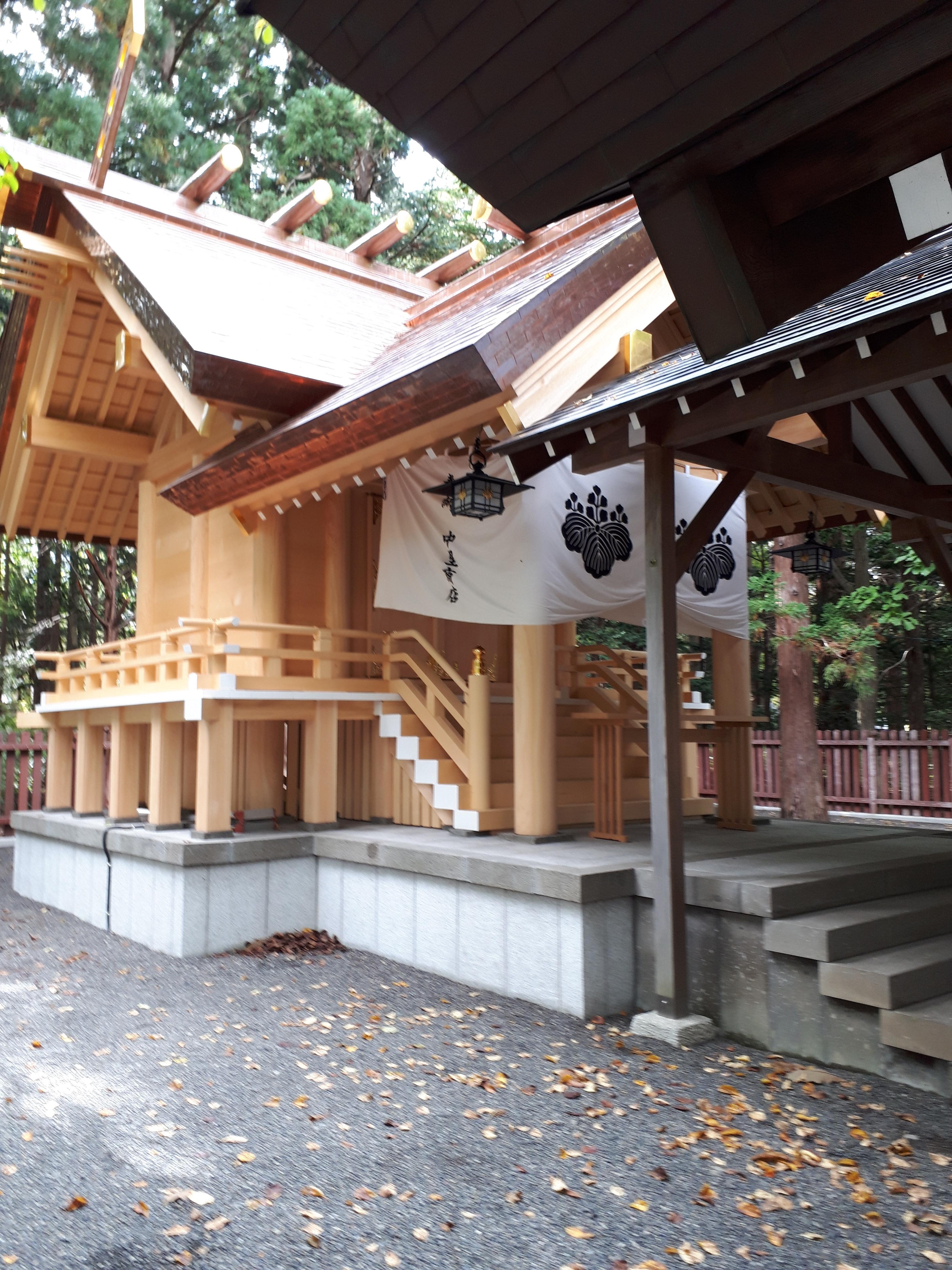 開拓神社の本殿