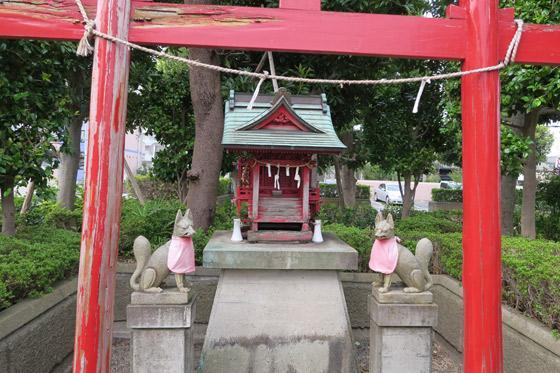 稲荷社の本殿(埼玉県南浦和駅)