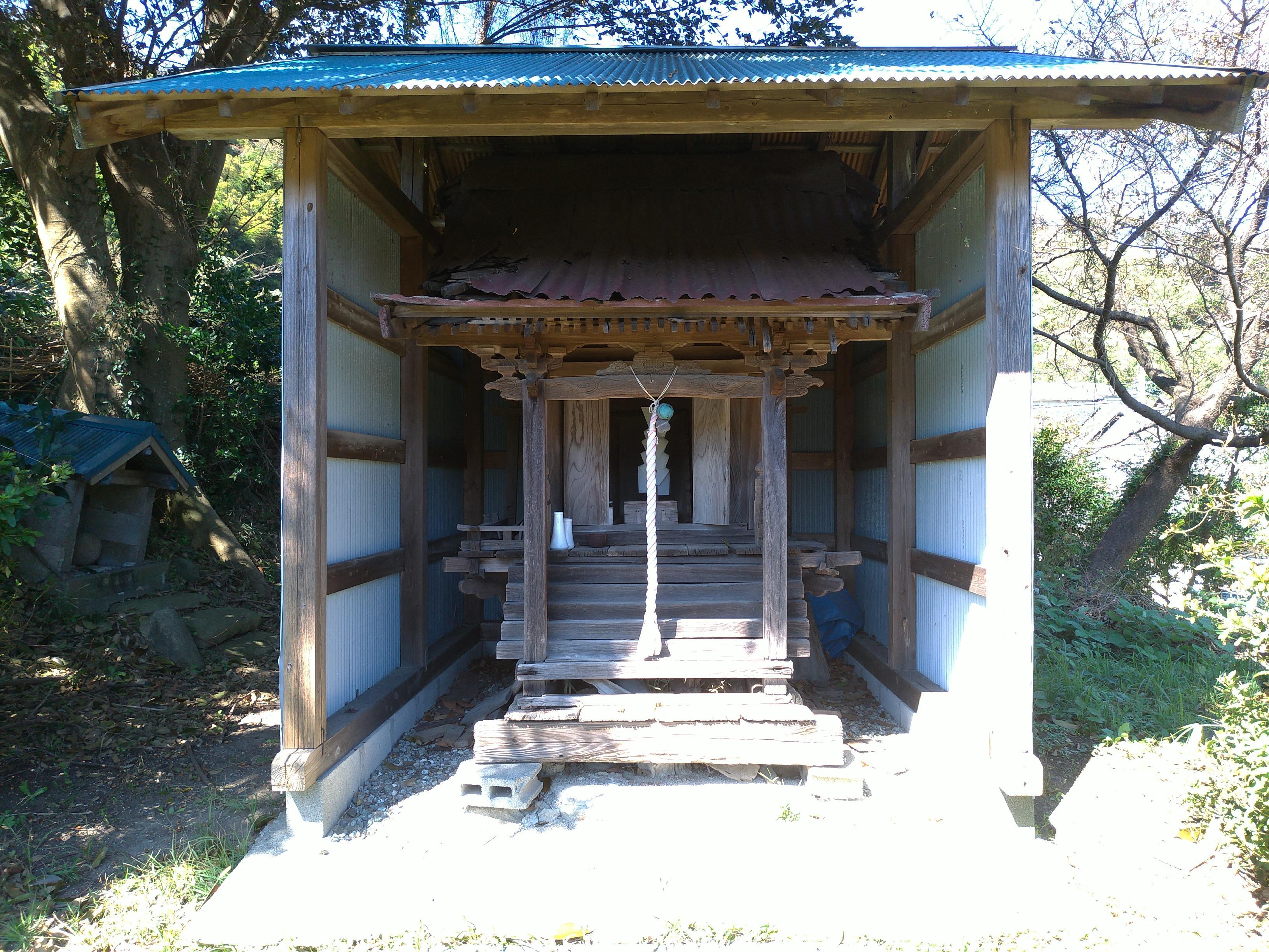 三島神社の末社・摂社(神奈川県東逗子駅)