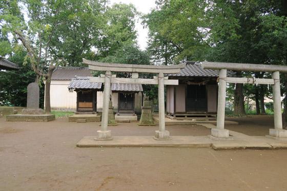 睦神社の末社
