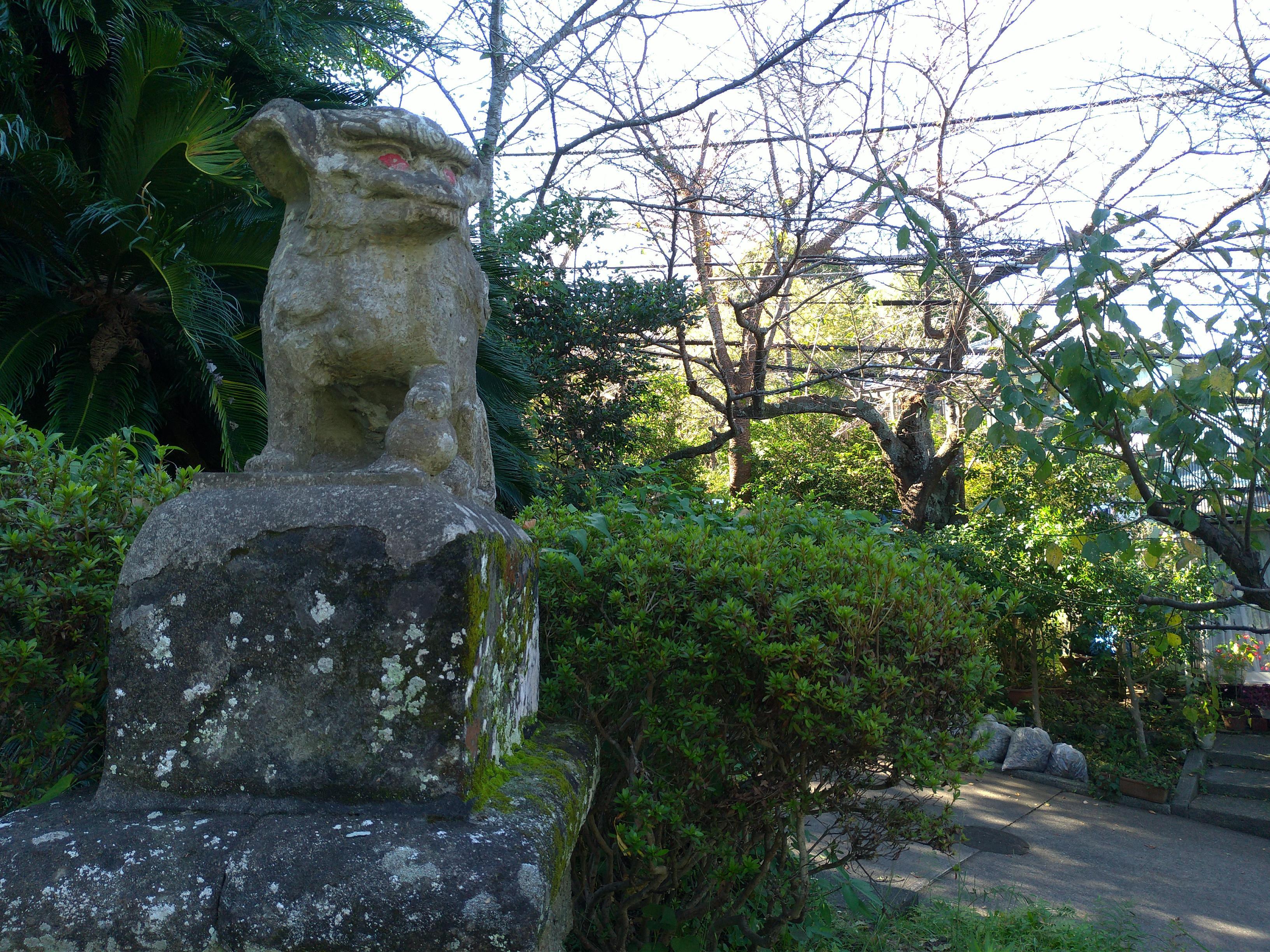 衣笠神社の狛犬