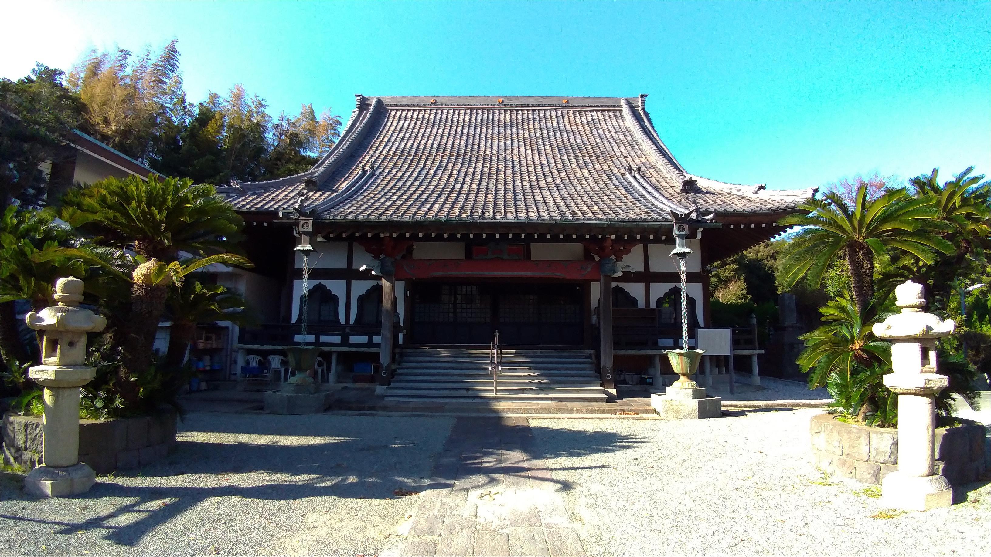 東漸寺の本殿