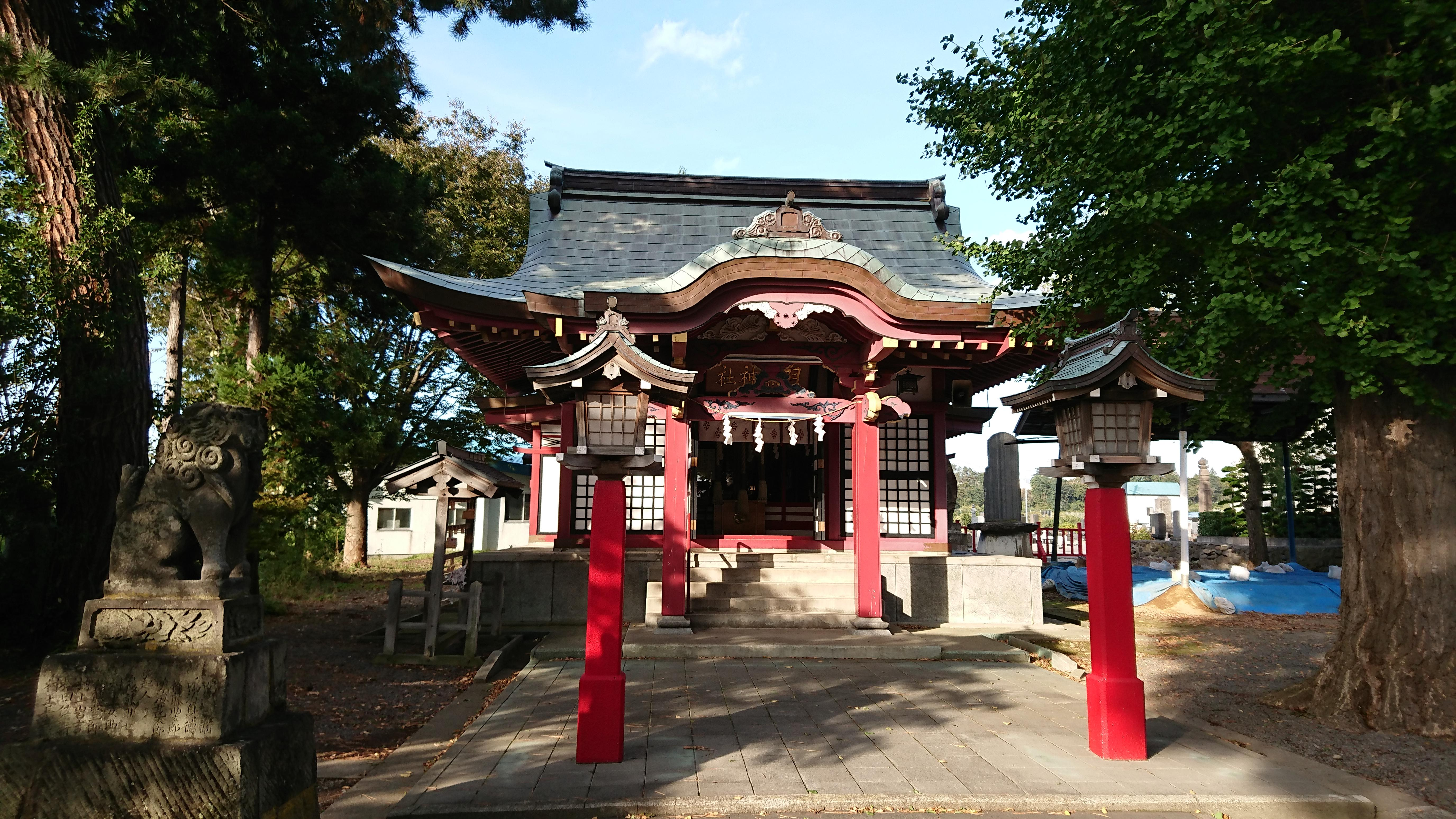 羽黒神社の本殿