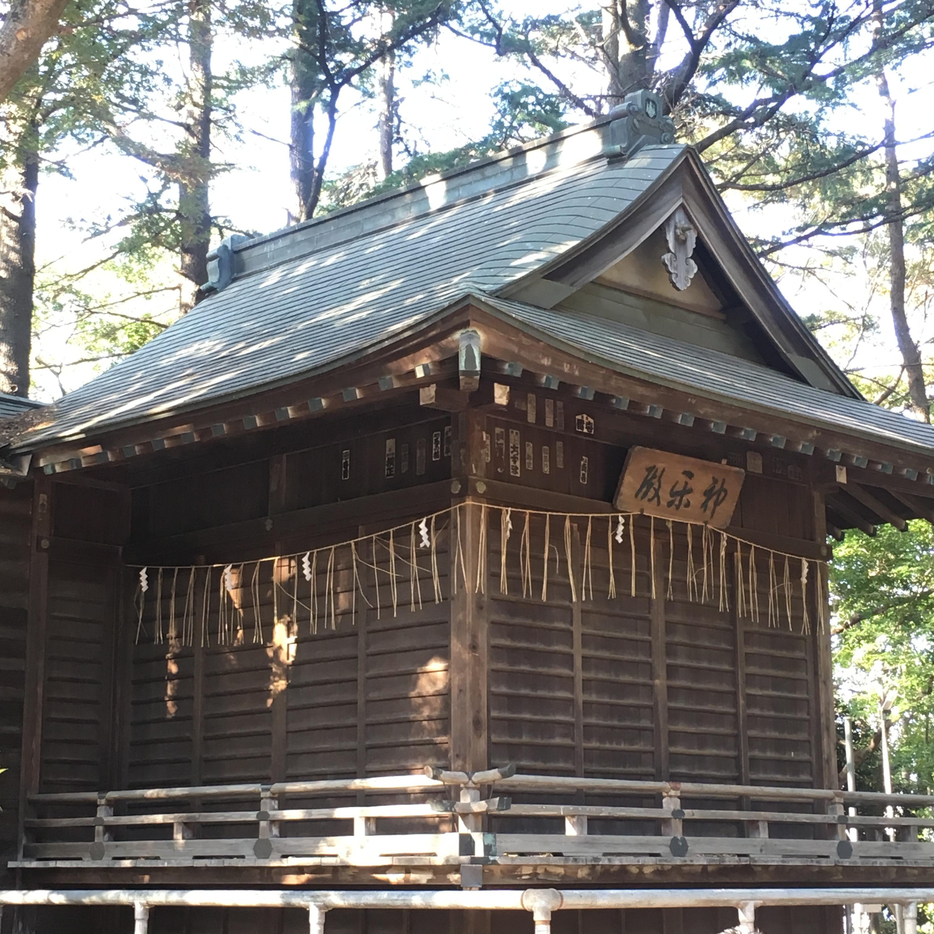 飯香岡八幡宮の本殿